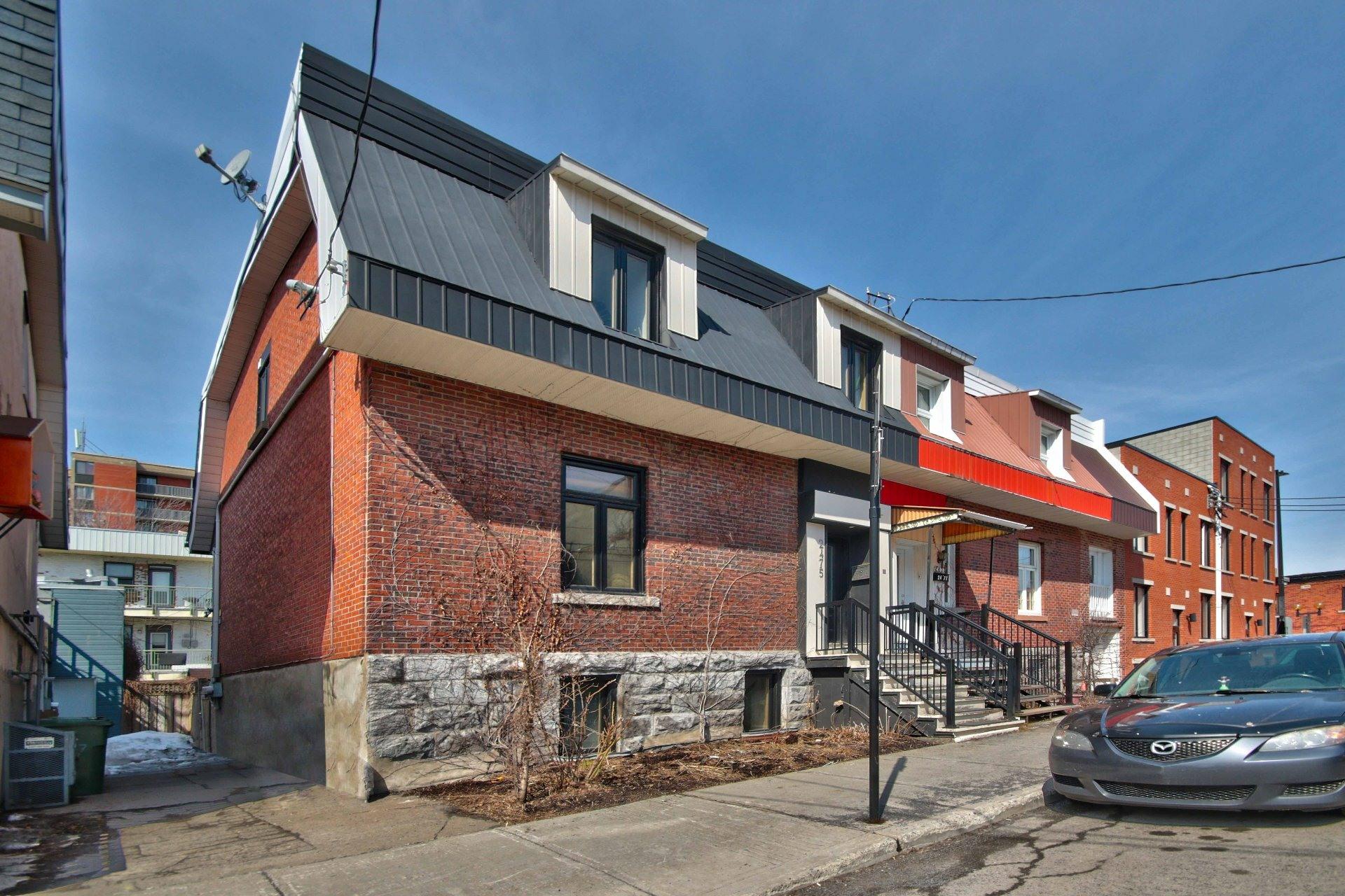 image 1 - Maison À vendre Ville-Marie Montréal  - 12 pièces