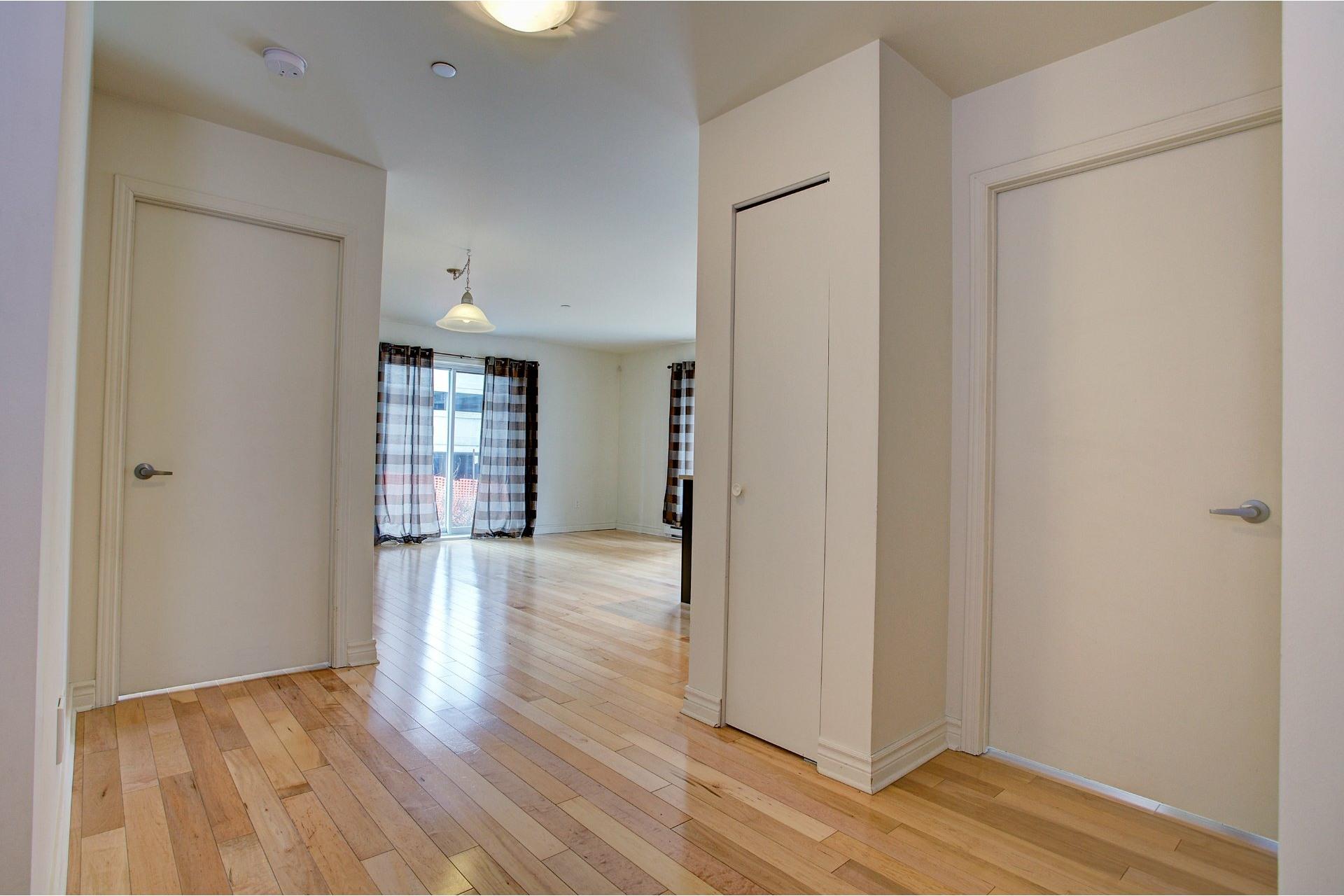 image 3 - Appartement À louer Laval-des-Rapides Laval  - 7 pièces