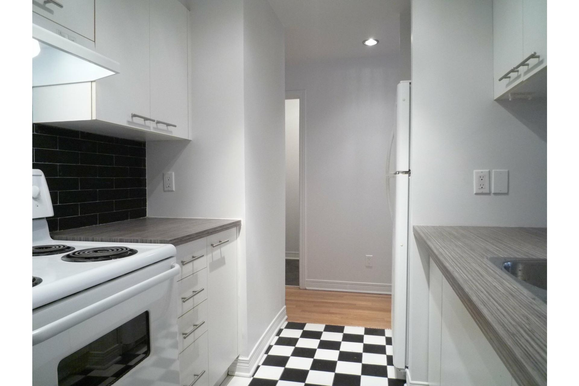 image 9 - Appartement À louer Le Plateau-Mont-Royal Montréal  - 6 pièces