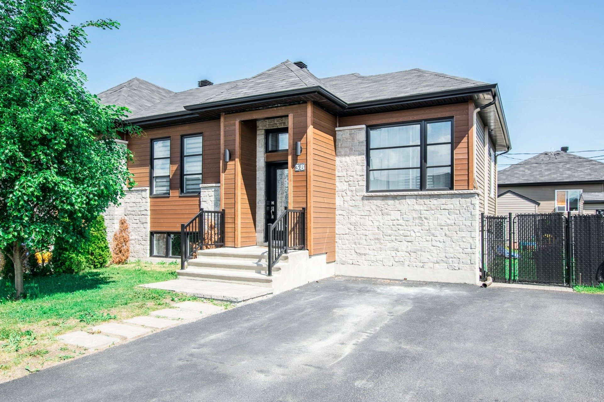 image 26 - House For sale Beauharnois - 8 rooms