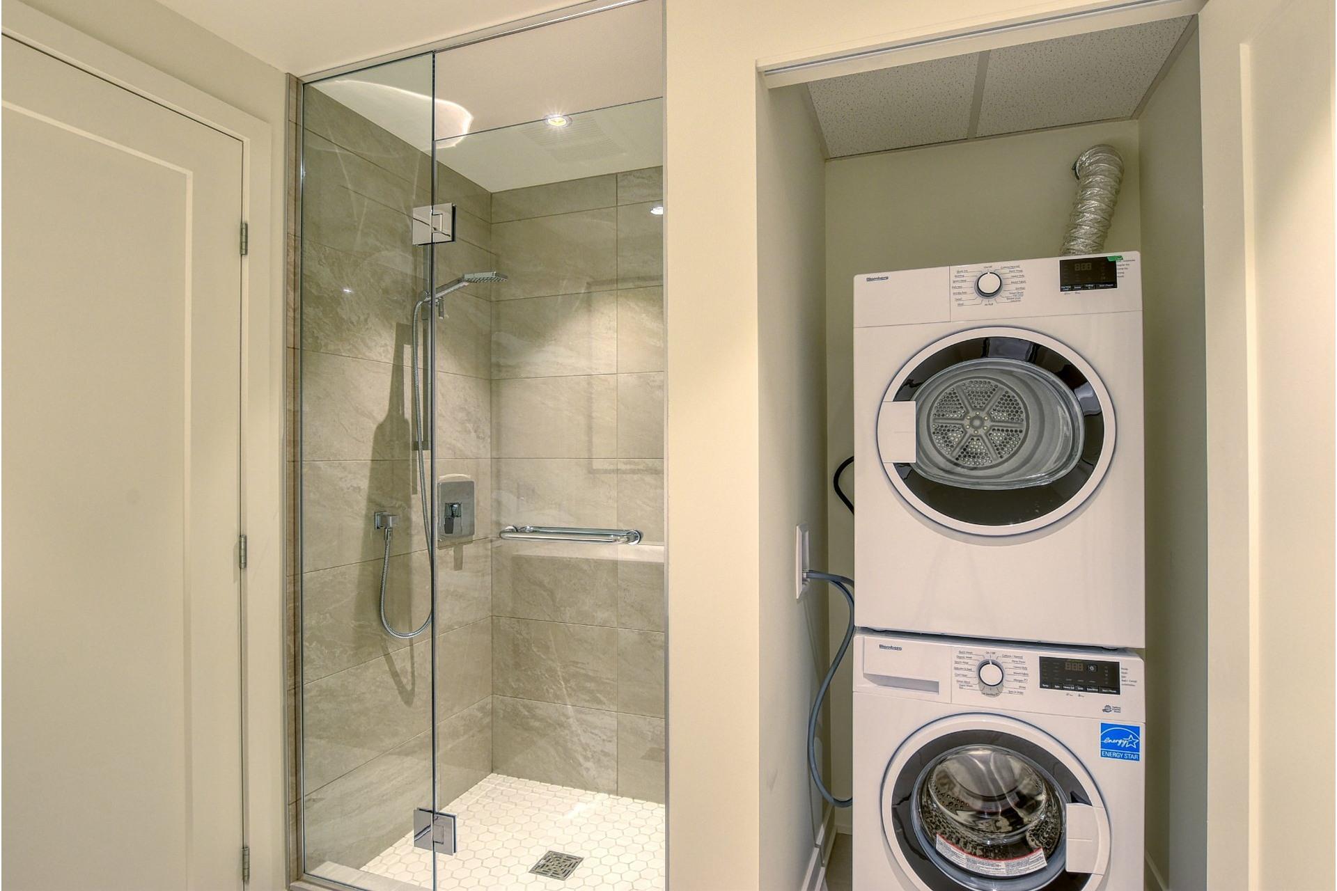 image 14 - Apartment For rent Verdun/Île-des-Soeurs Montréal  - 4 rooms