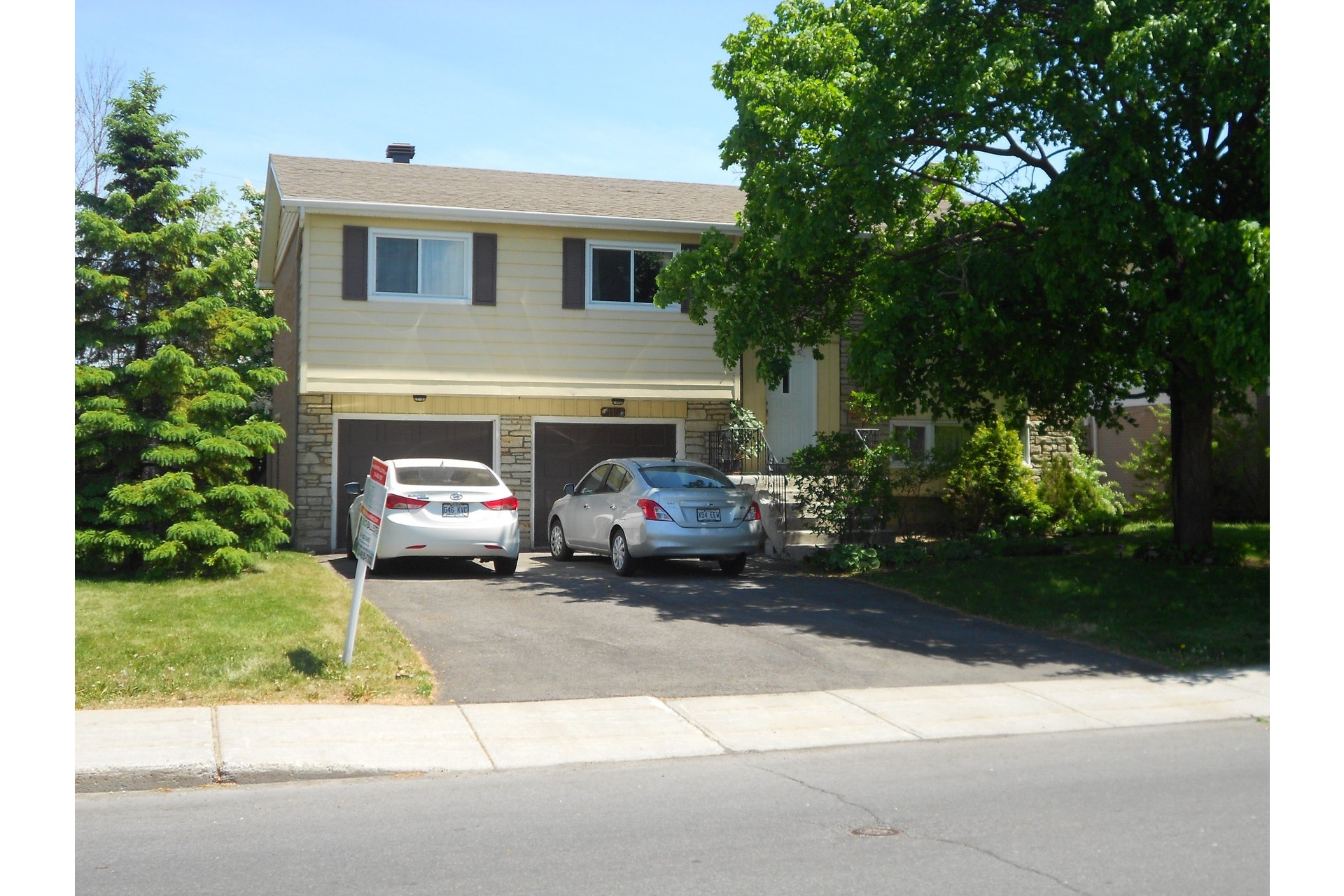 image 0 - House For sale Pointe-Claire - 11 rooms