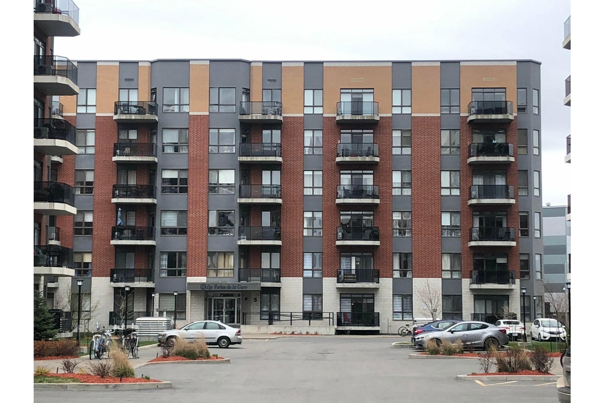 image 0 - Appartement À louer Vaudreuil-Dorion - 5 pièces