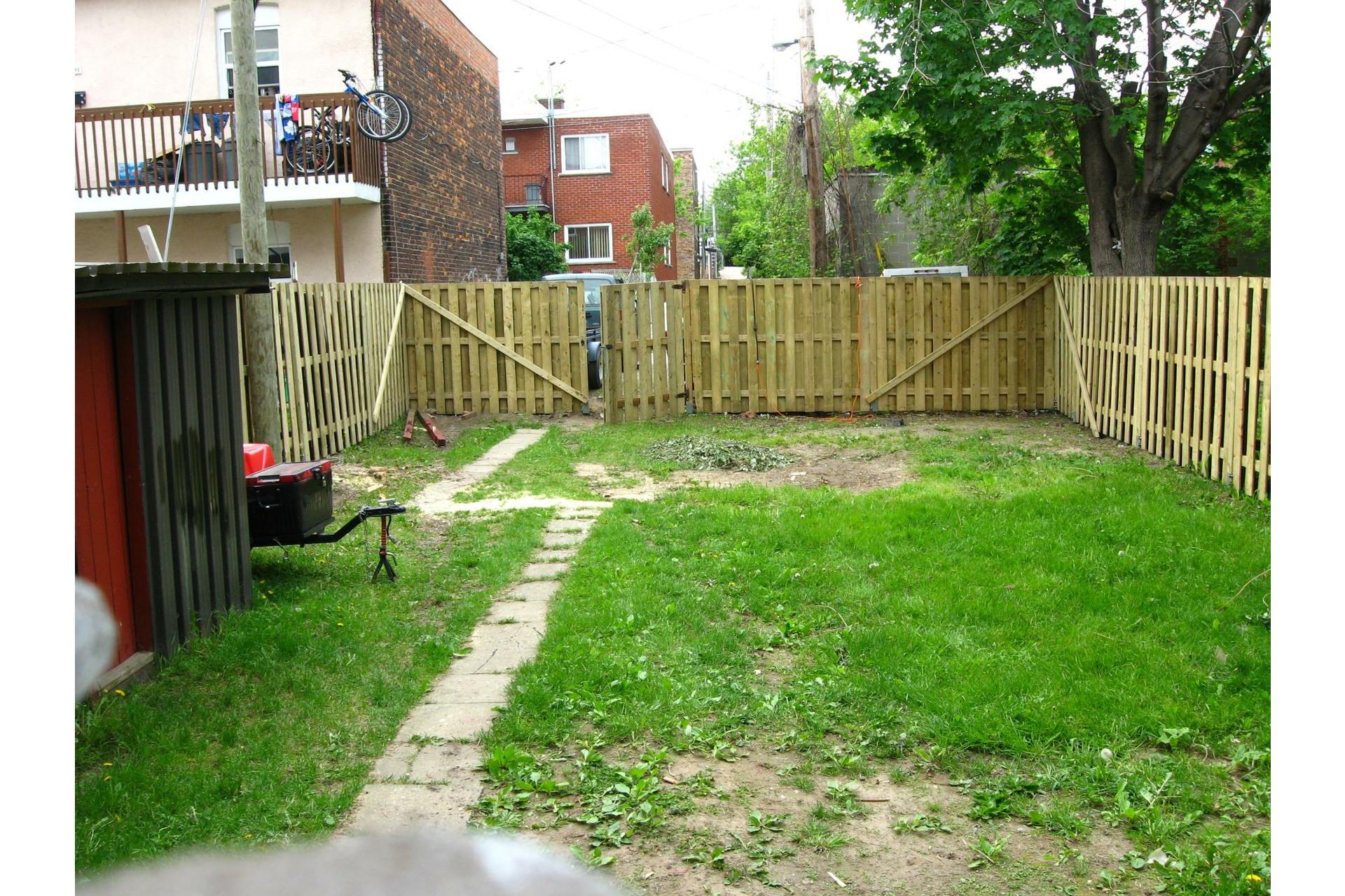 image 7 - Triplex For sale Le Sud-Ouest Montréal  - 5 rooms