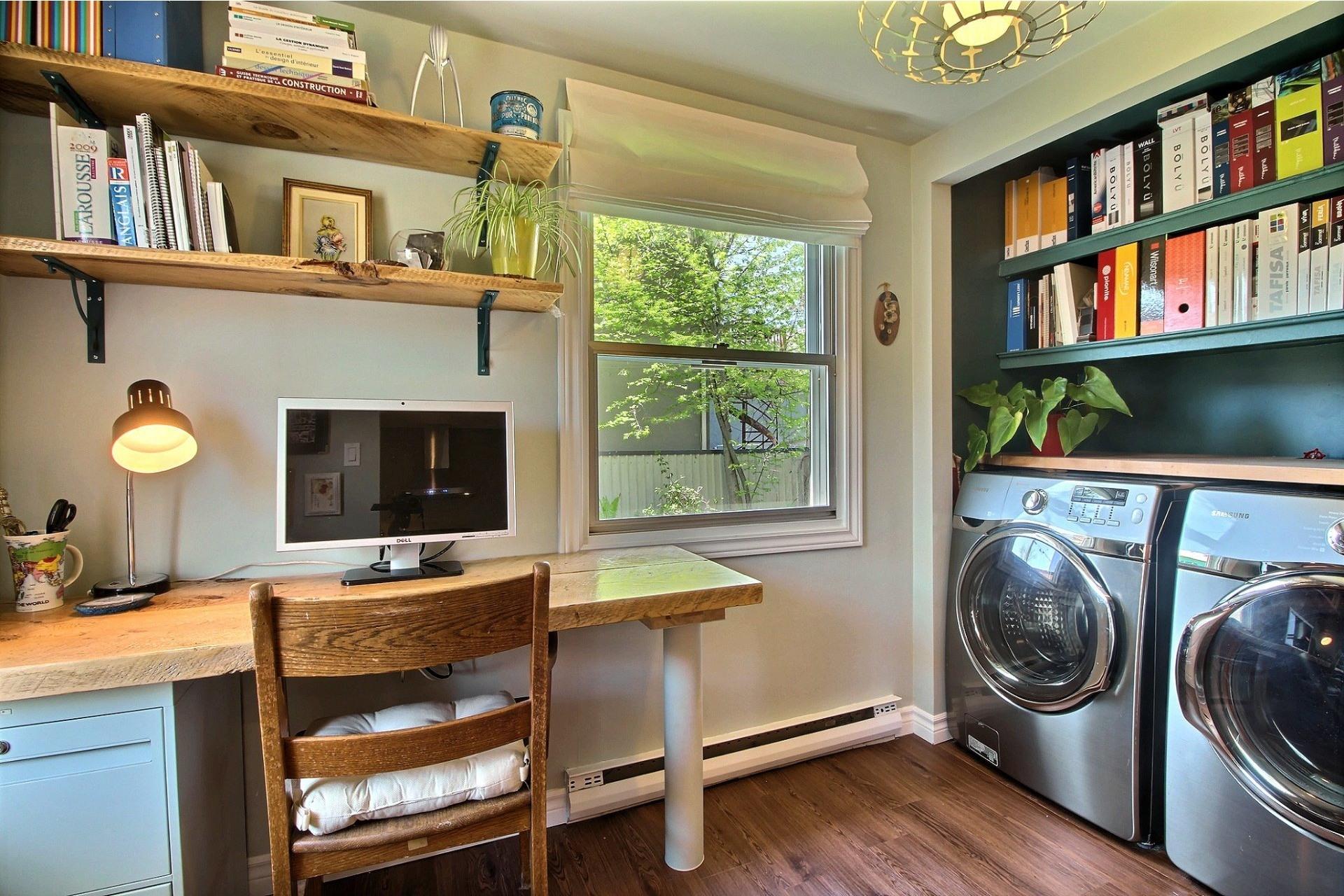 image 10 - House For sale Rivière-des-Prairies/Pointe-aux-Trembles Montréal  - 8 rooms