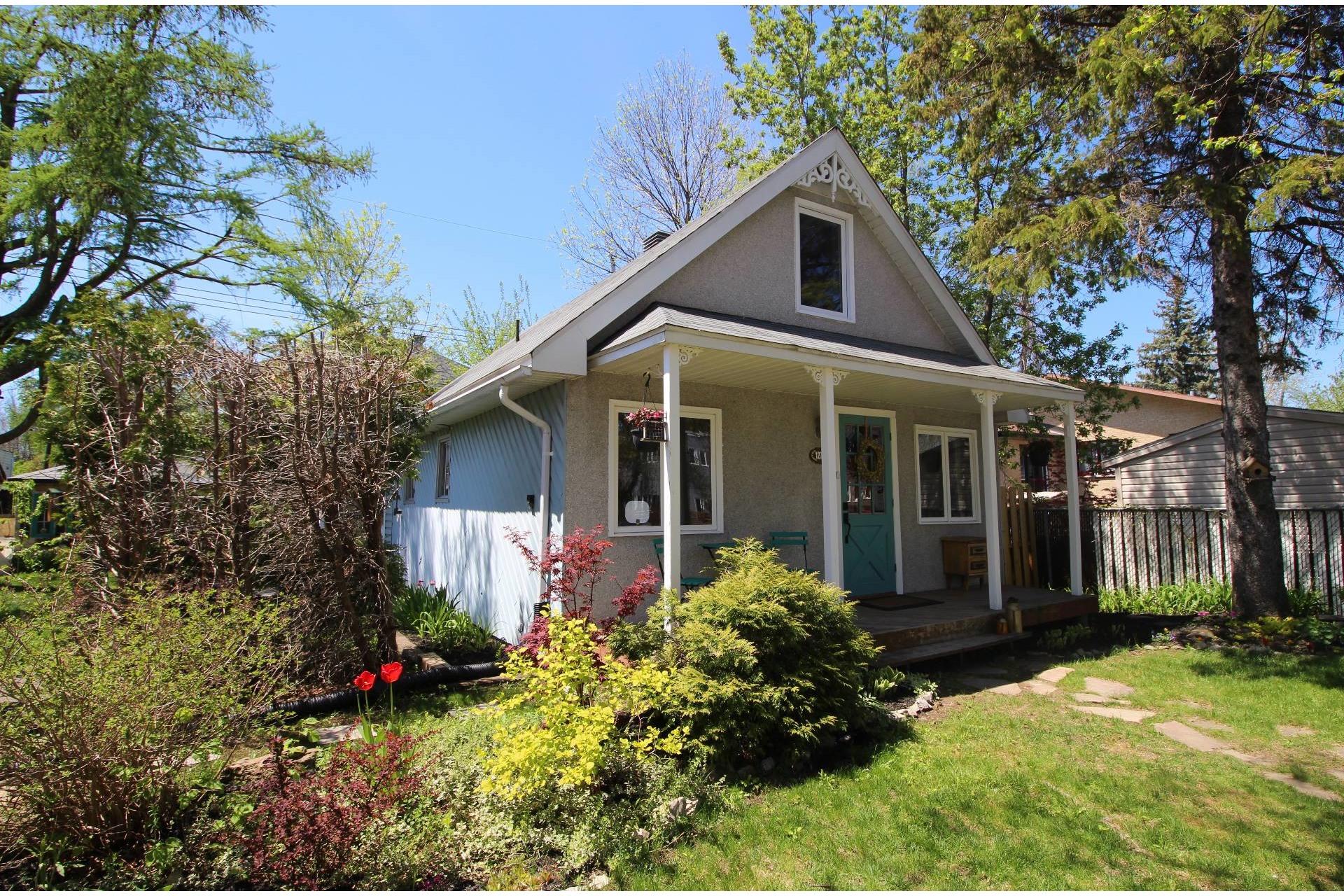 image 22 - House For sale Rivière-des-Prairies/Pointe-aux-Trembles Montréal  - 8 rooms