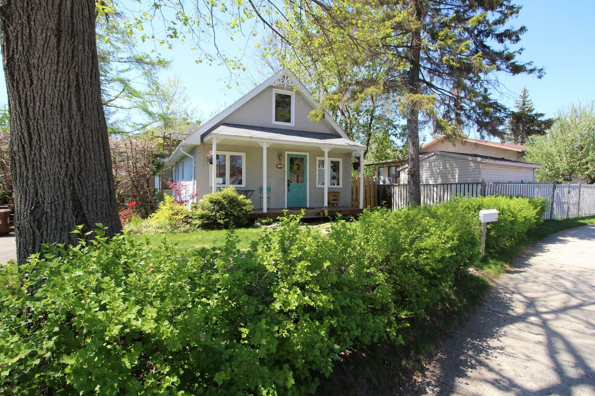 image 19 - House For sale Rivière-des-Prairies/Pointe-aux-Trembles Montréal  - 8 rooms