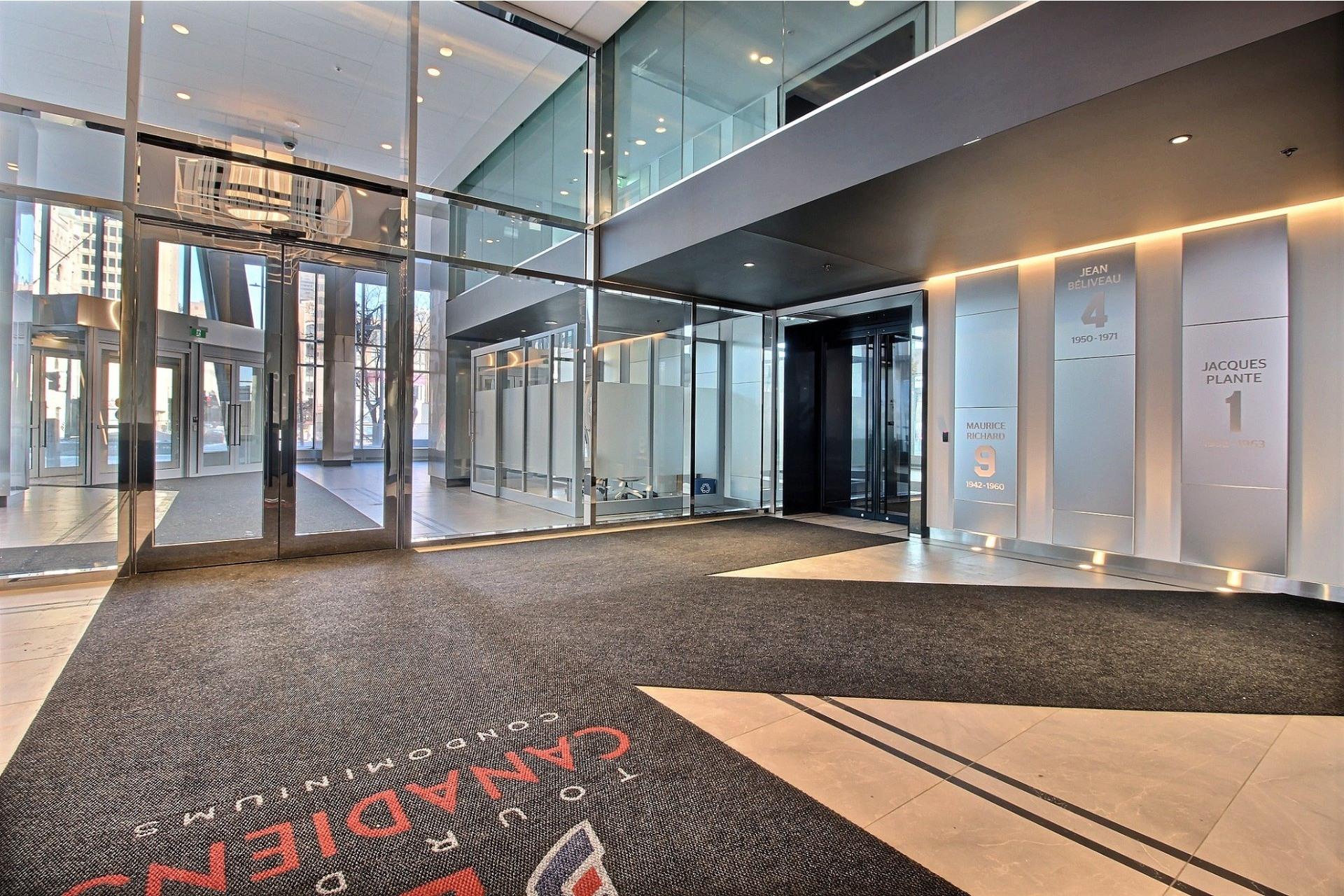image 19 - Appartement À louer Ville-Marie Montréal  - 6 pièces