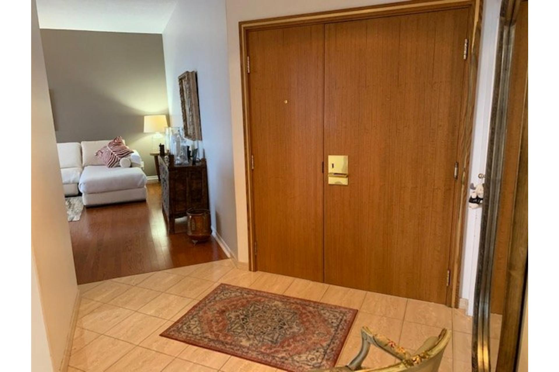 image 6 - Apartment For sale Côte-des-Neiges/Notre-Dame-de-Grâce Montréal  - 5 rooms