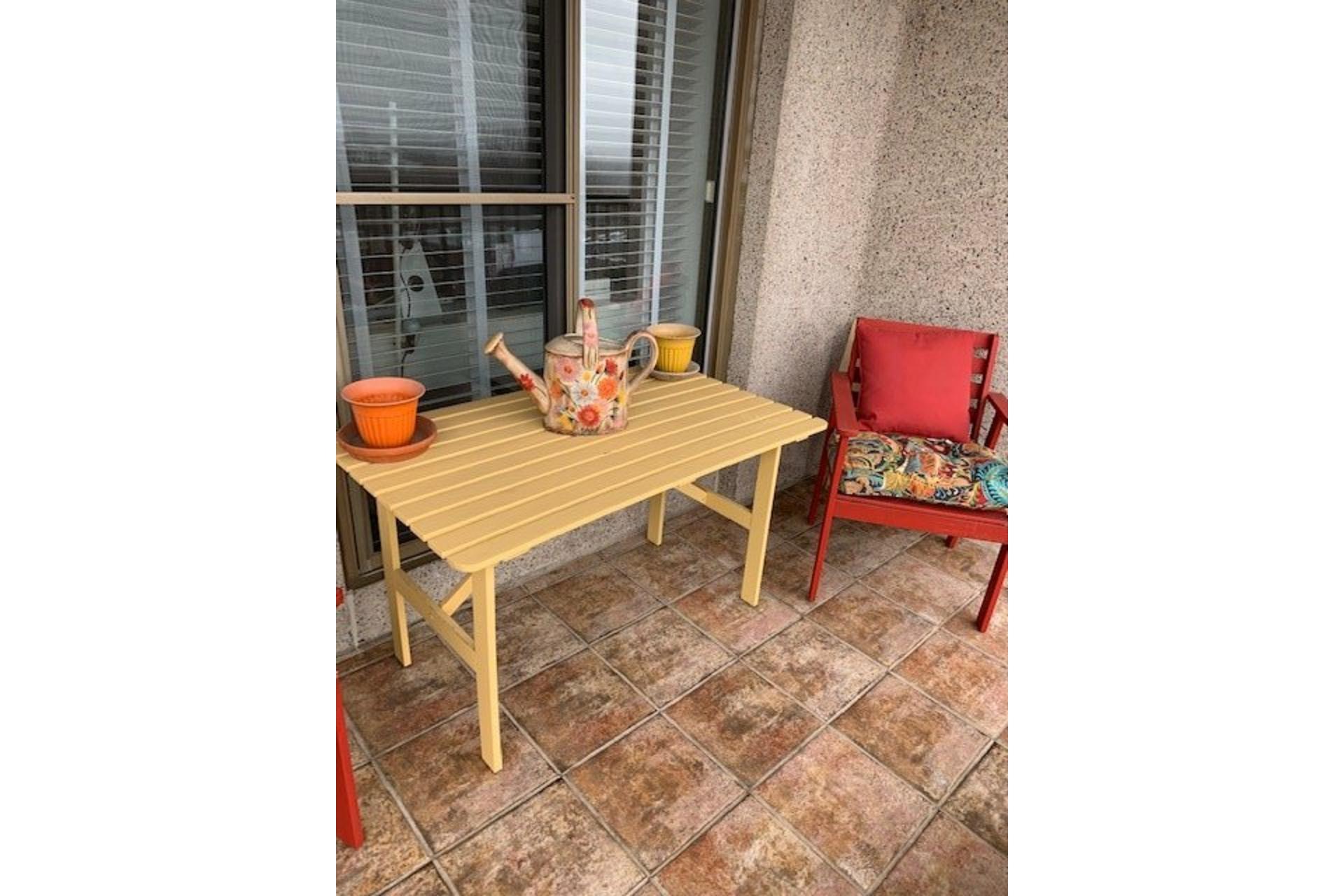 image 34 - Apartment For rent Côte-des-Neiges/Notre-Dame-de-Grâce Montréal  - 5 rooms