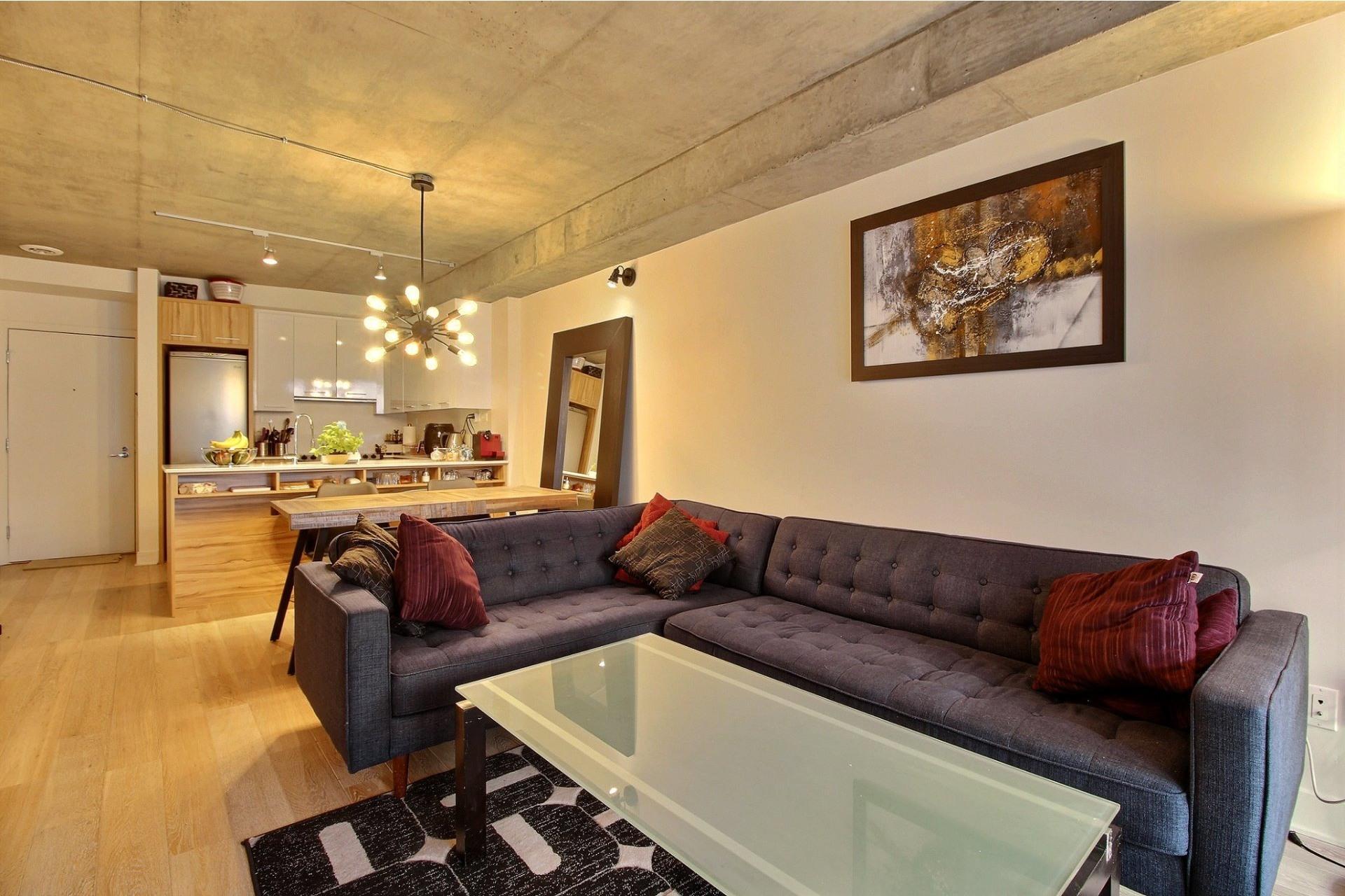 image 1 - Apartment For rent Le Sud-Ouest Montréal  - 3 rooms