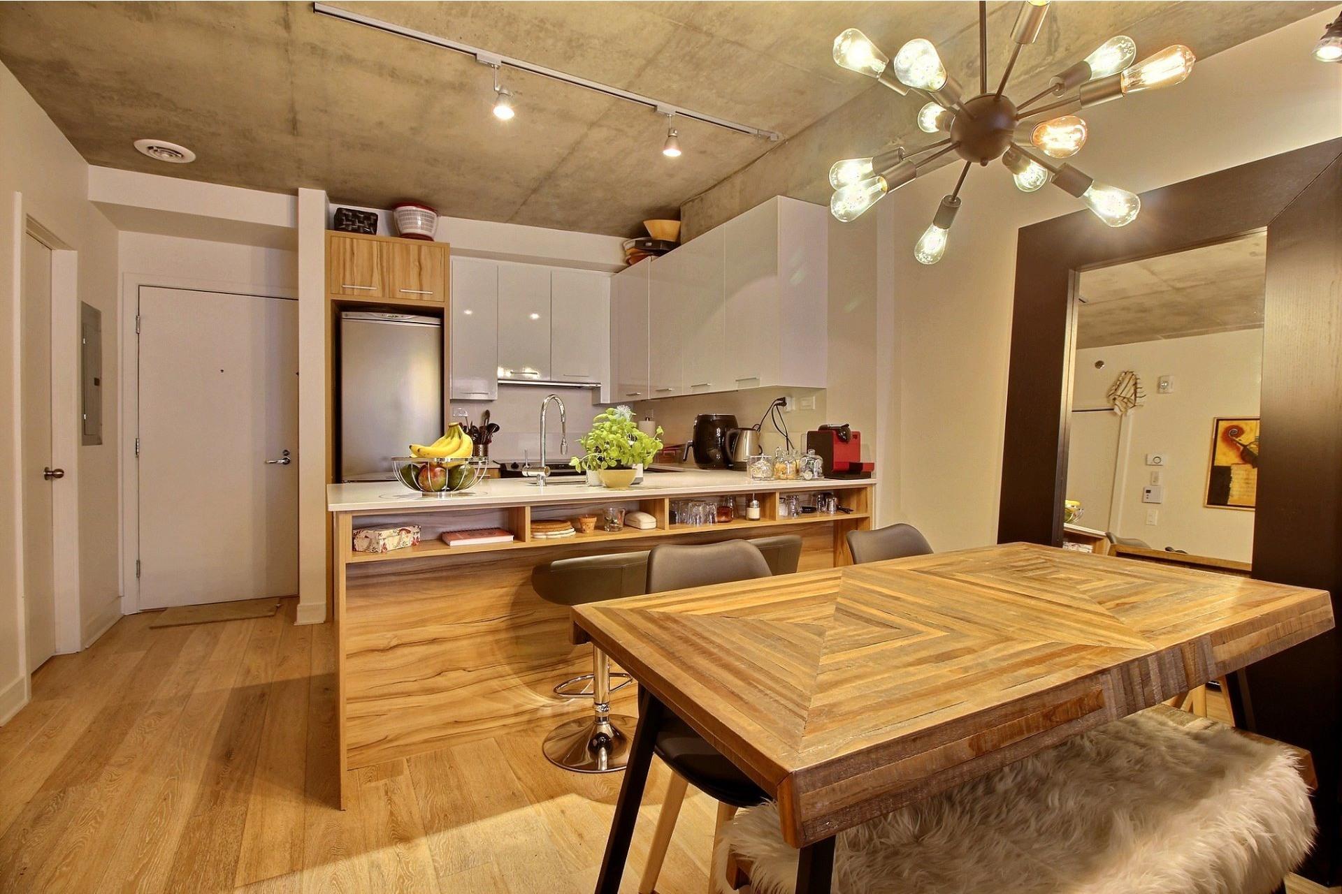 image 3 - Apartment For rent Le Sud-Ouest Montréal  - 3 rooms