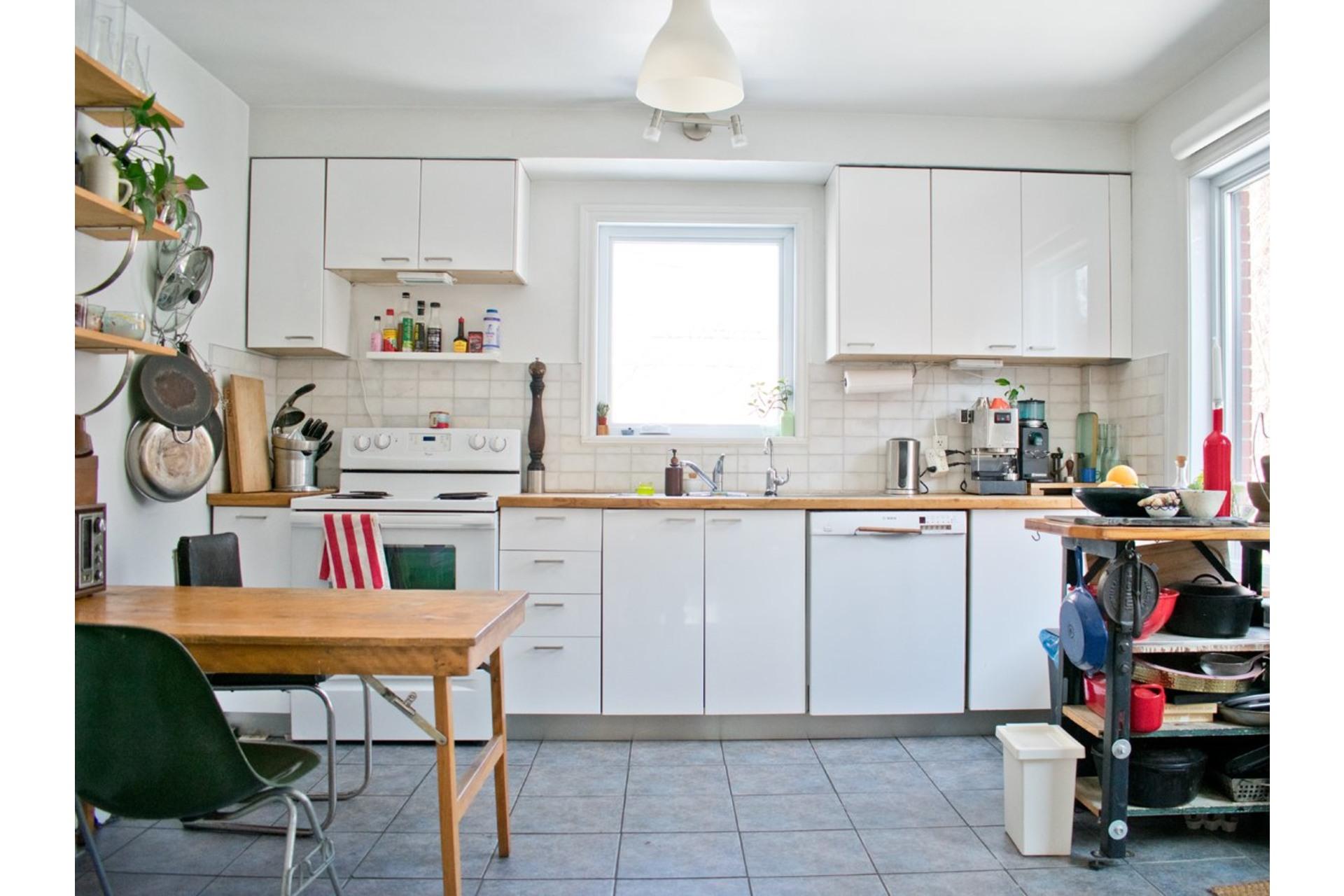 image 6 - Maison À vendre Villeray/Saint-Michel/Parc-Extension Montréal  - 9 pièces