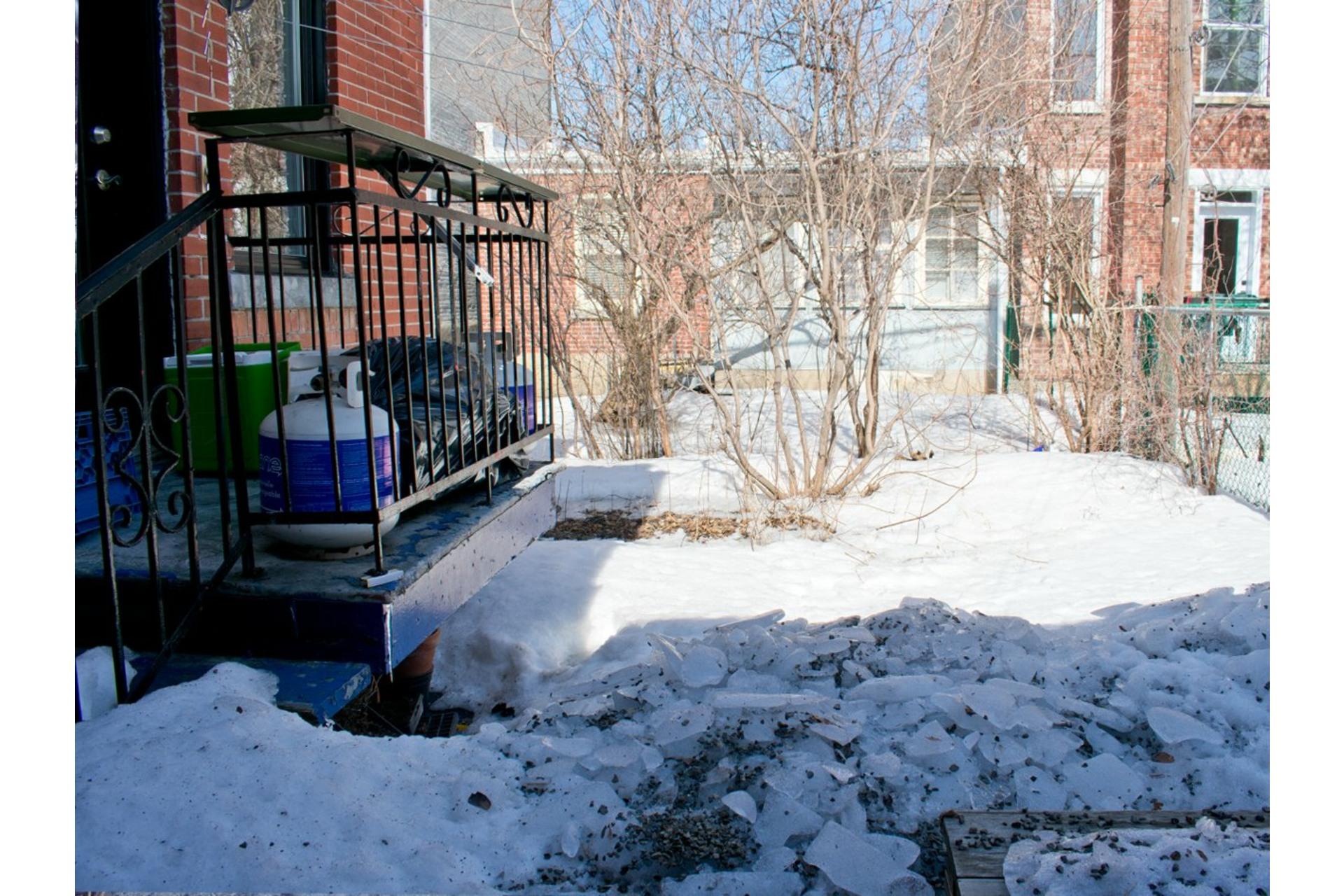 image 22 - Maison À vendre Villeray/Saint-Michel/Parc-Extension Montréal  - 9 pièces