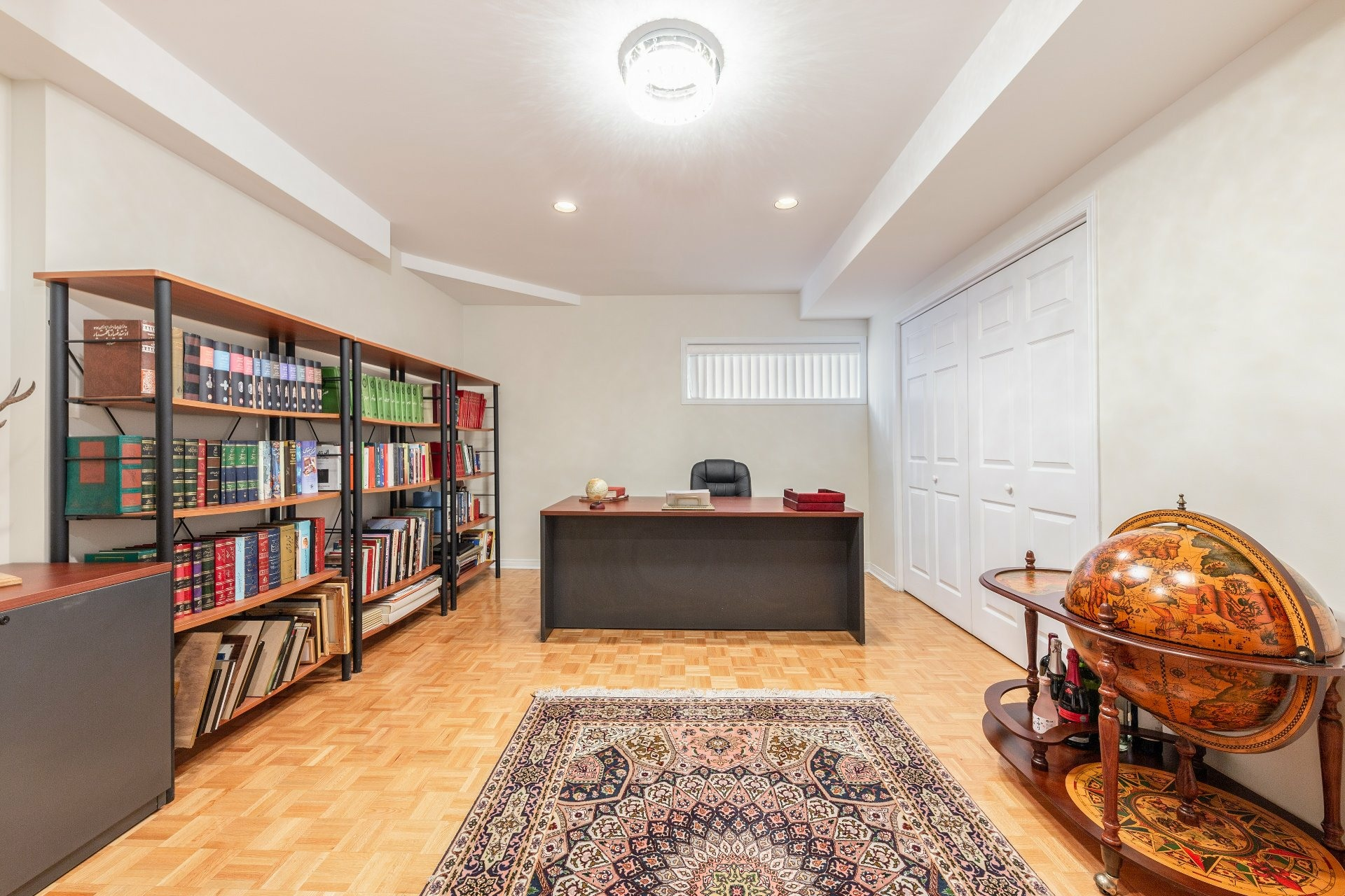 image 22 - House For sale Beaconsfield - 15 rooms