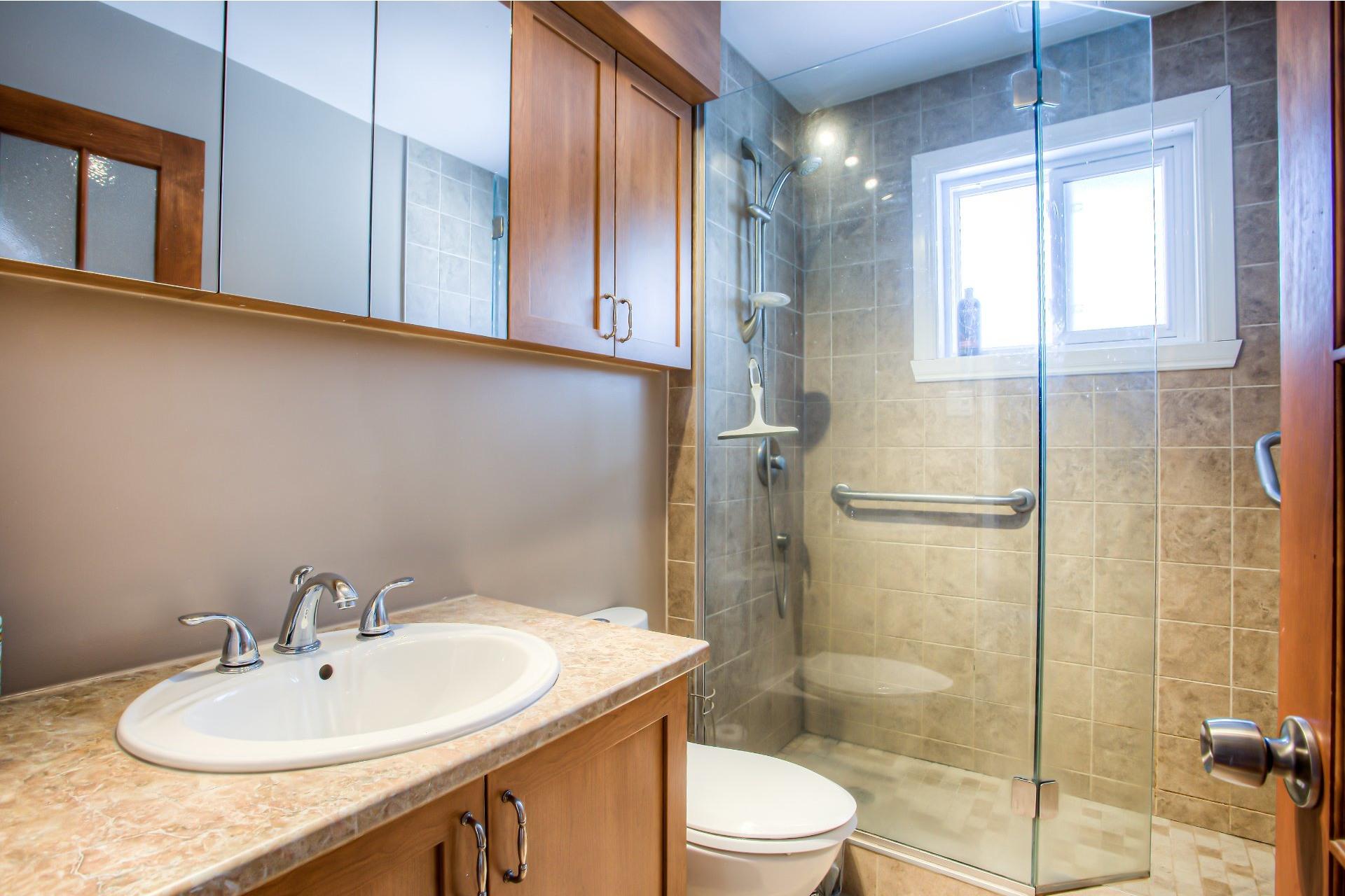 image 13 - House For sale Vaudreuil-sur-le-Lac - 13 rooms