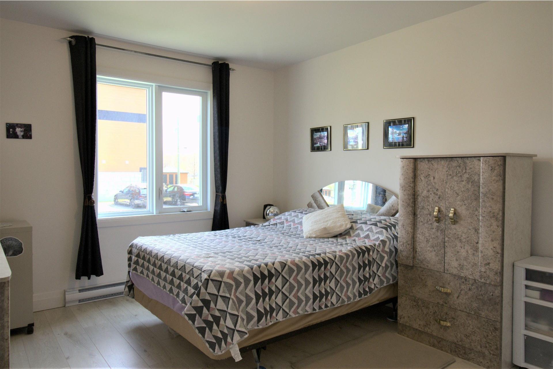 image 8 - Appartement À vendre Trois-Rivières - 5 pièces