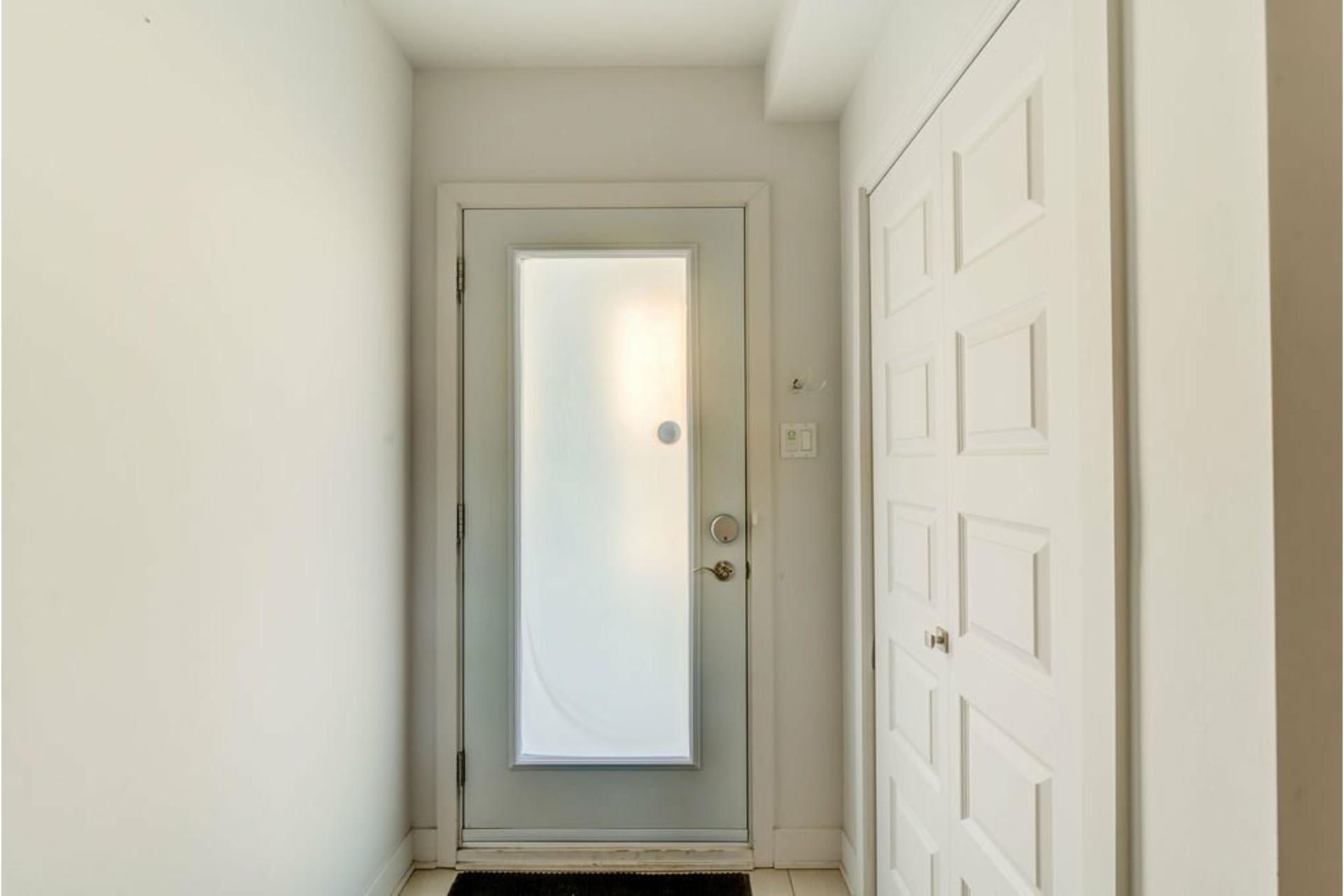 image 3 - House For sale Lachenaie Terrebonne  - 10 rooms