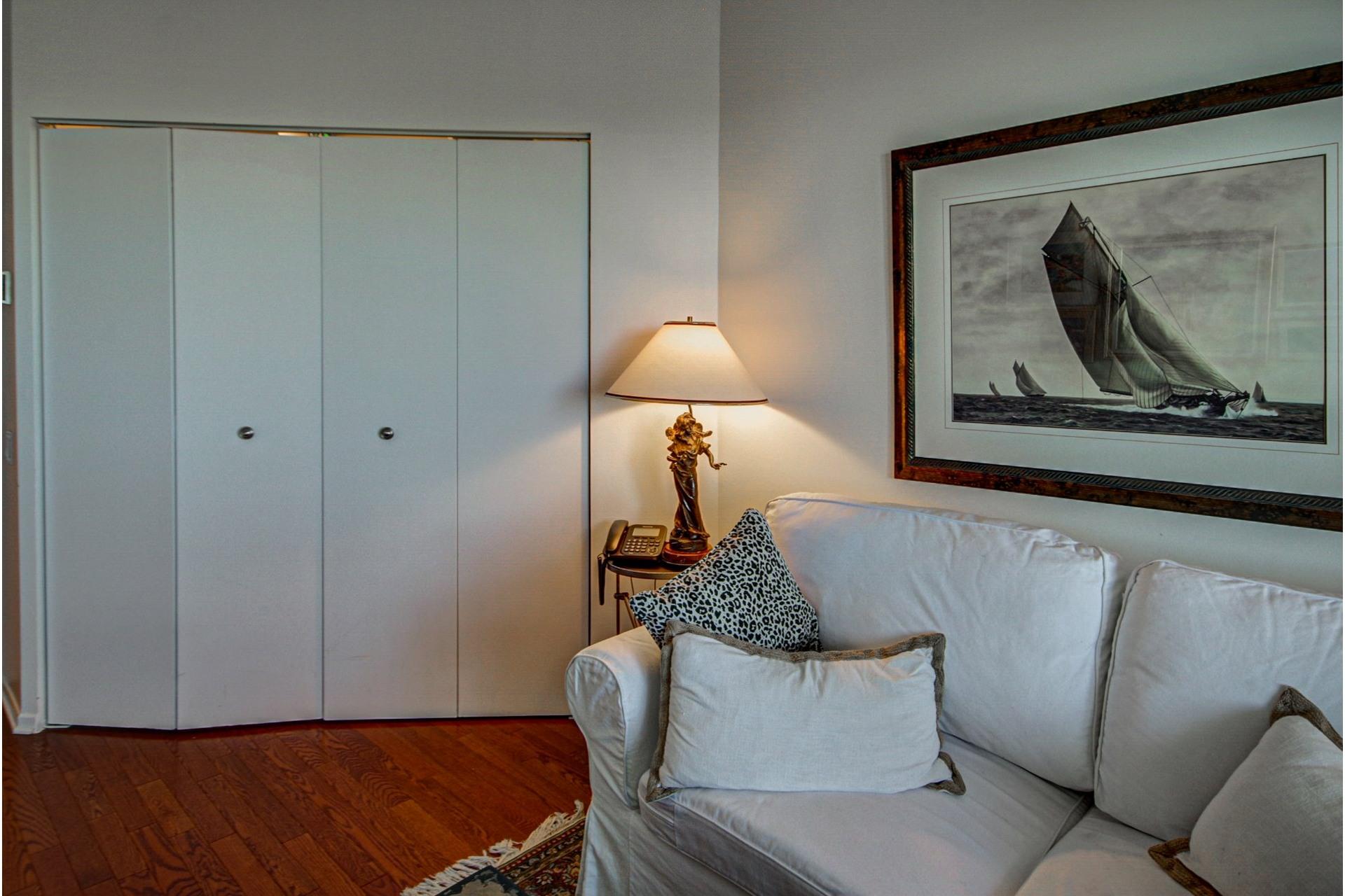 image 21 - Apartment For sale Côte-des-Neiges/Notre-Dame-de-Grâce Montréal  - 5 rooms