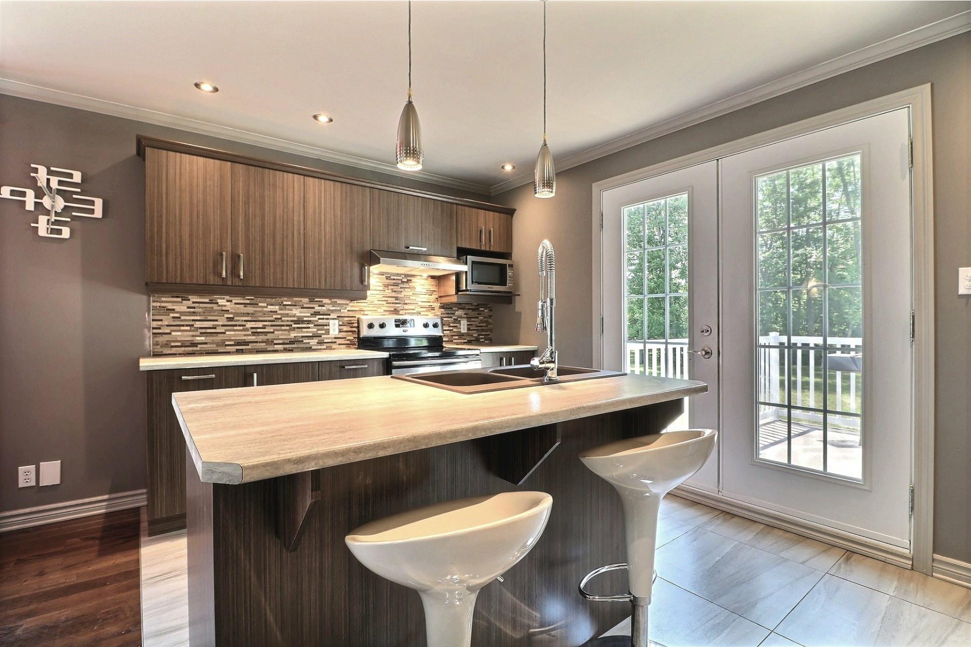 image 7 - House For sale Saint-Lin/Laurentides - 10 rooms