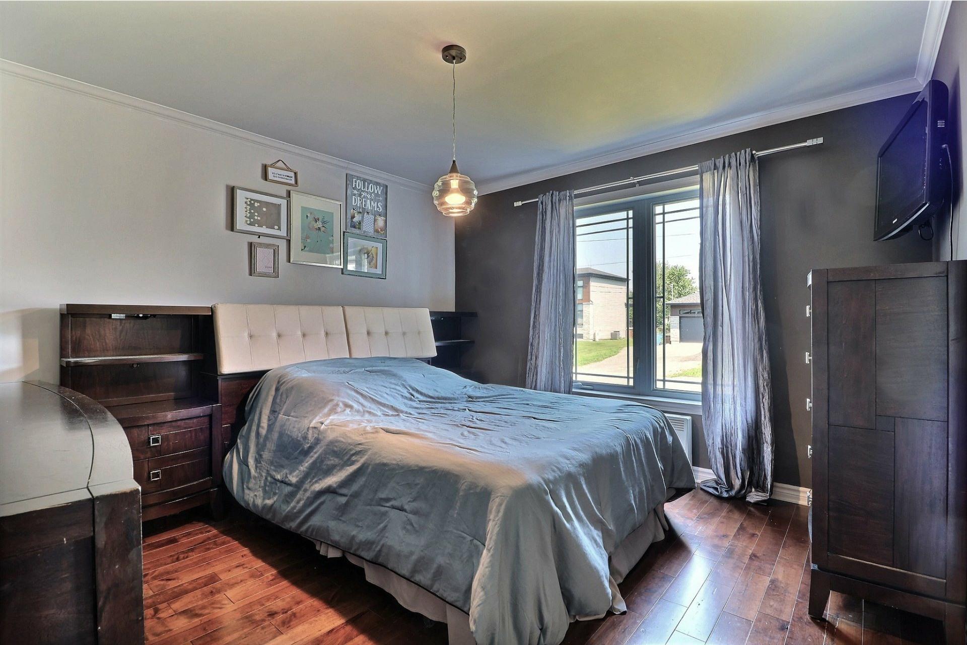 image 14 - House For sale Saint-Lin/Laurentides - 10 rooms