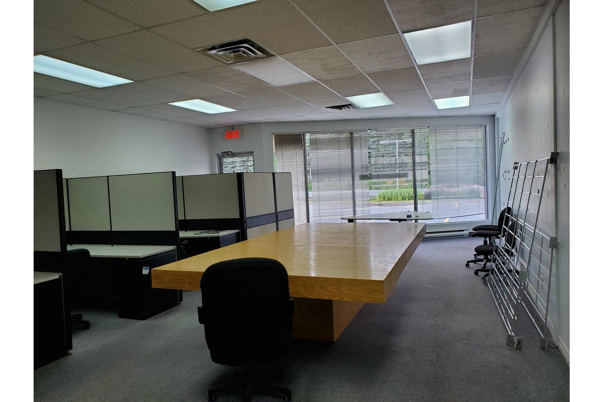 image 6 - Office For rent Sainte-Adèle