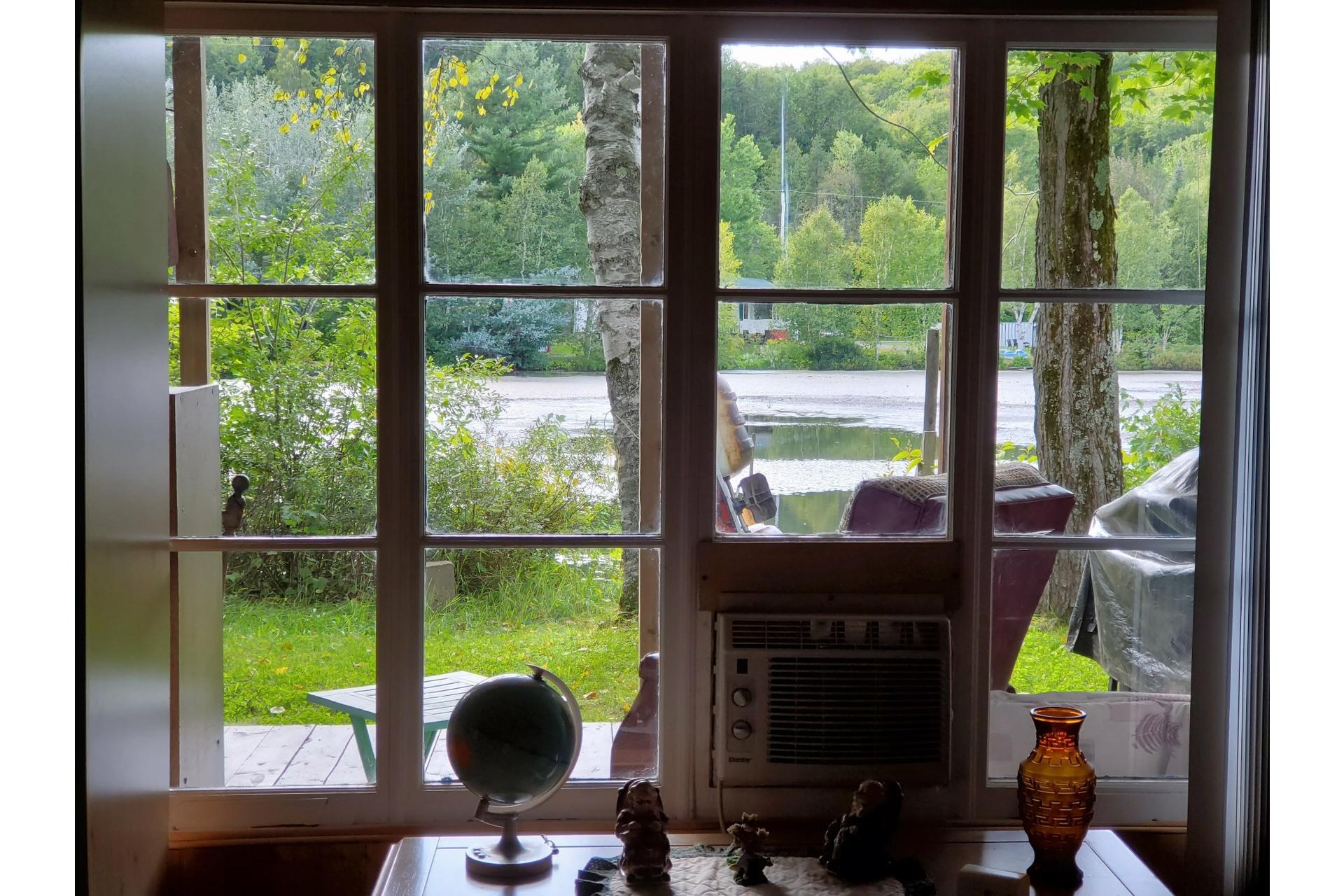 image 20 - House For sale Saint-Tite - 4 rooms