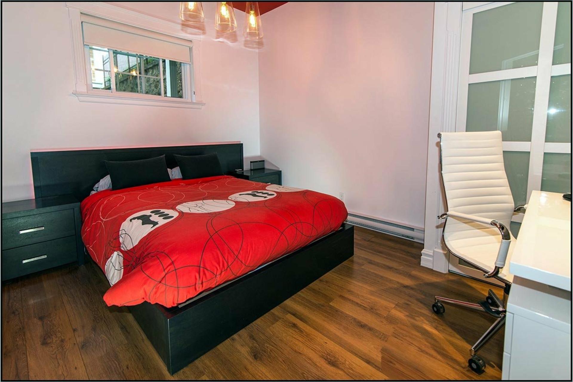 image 17 - House For sale Fossambault-sur-le-Lac - 15 rooms