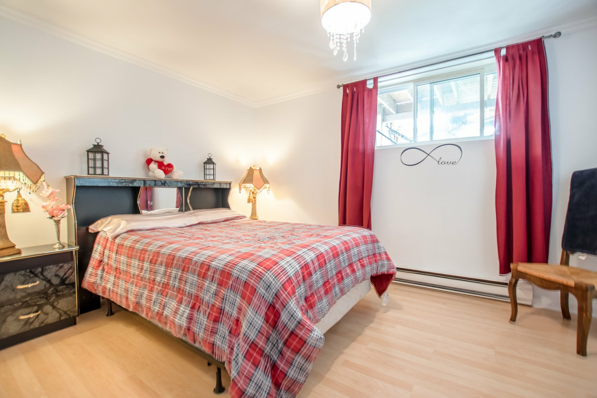 image 30 - House For sale Sainte-Catherine - 8 rooms