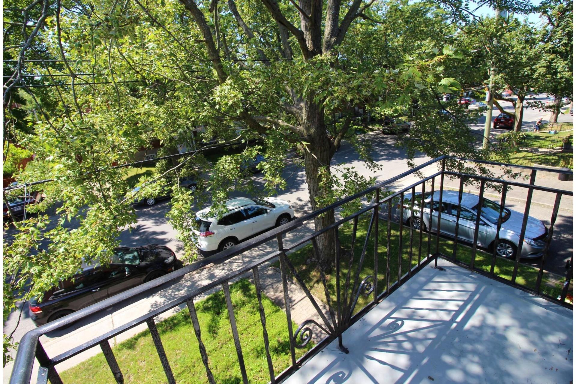 image 13 - Apartment For rent Rosemont/La Petite-Patrie Montréal  - 5 rooms