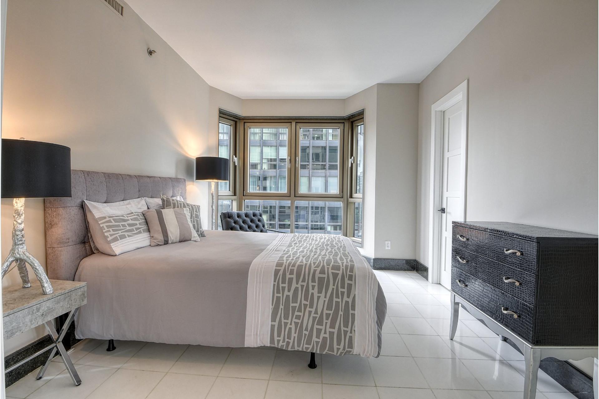 image 16 - Appartement À vendre Westmount - 7 pièces