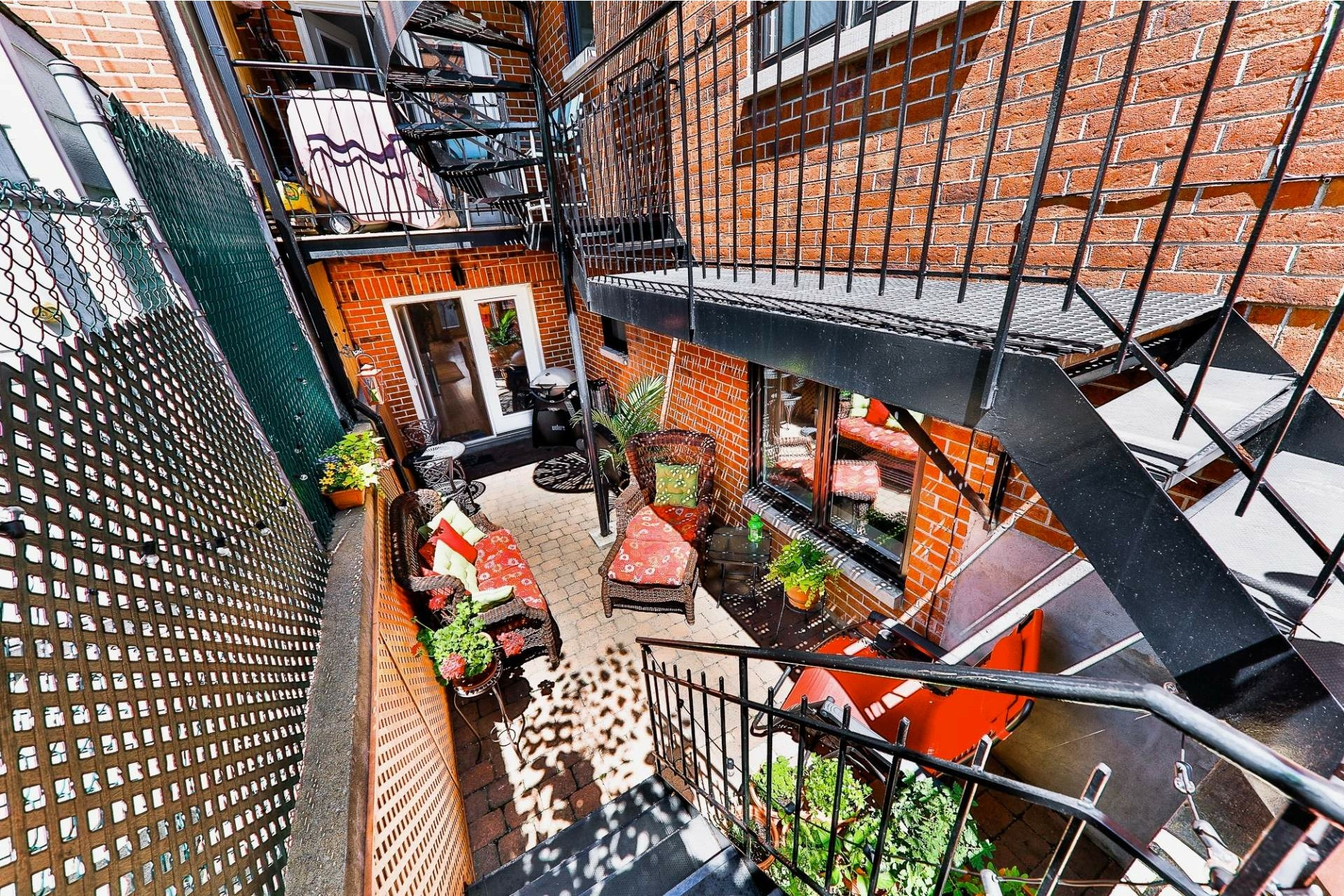 image 18 - Apartment For sale Villeray/Saint-Michel/Parc-Extension Montréal  - 6 rooms