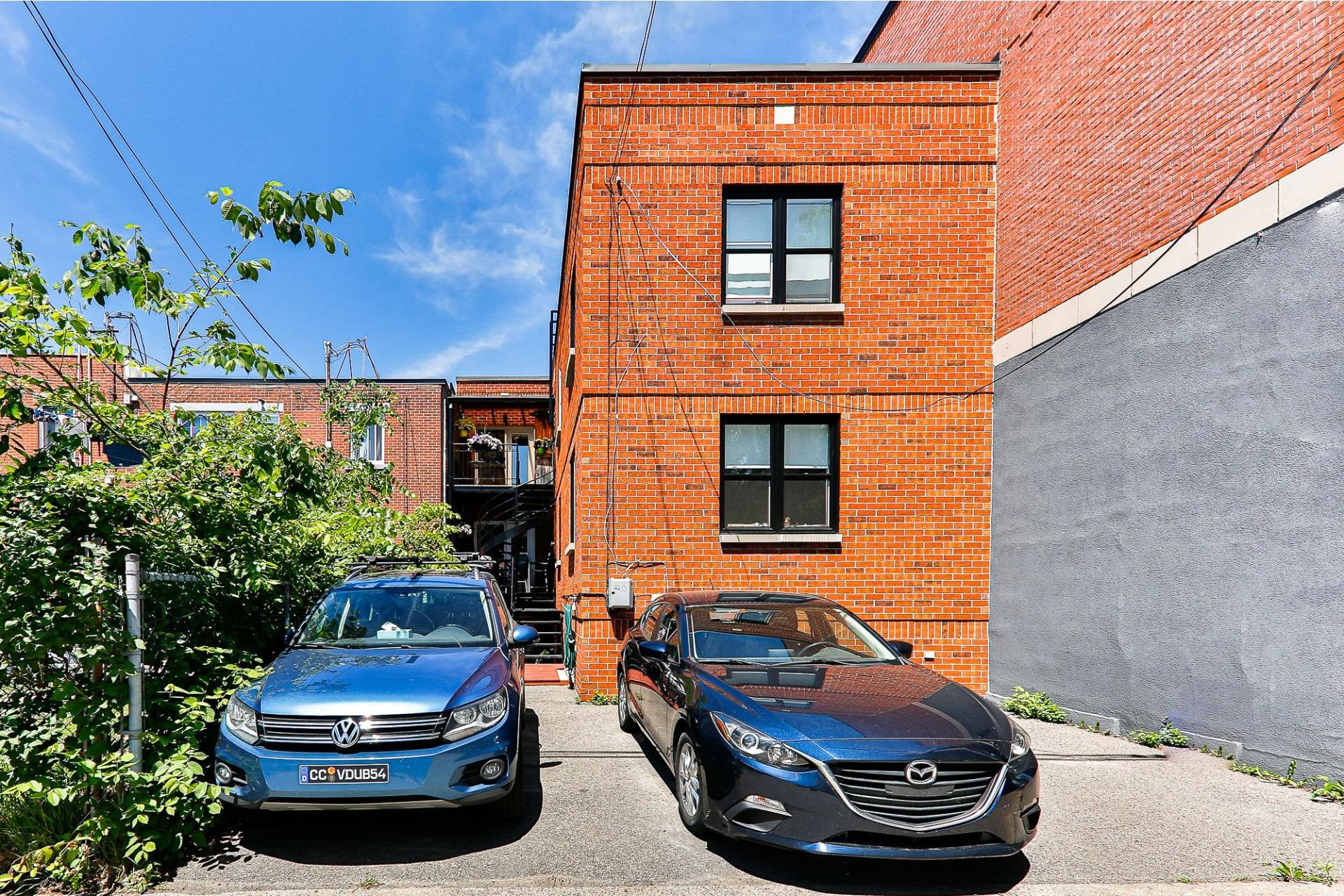 image 19 - Apartment For sale Villeray/Saint-Michel/Parc-Extension Montréal  - 6 rooms