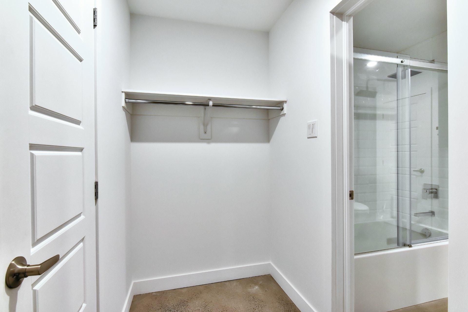 image 13 - Apartment For sale Le Sud-Ouest Montréal  - 7 rooms