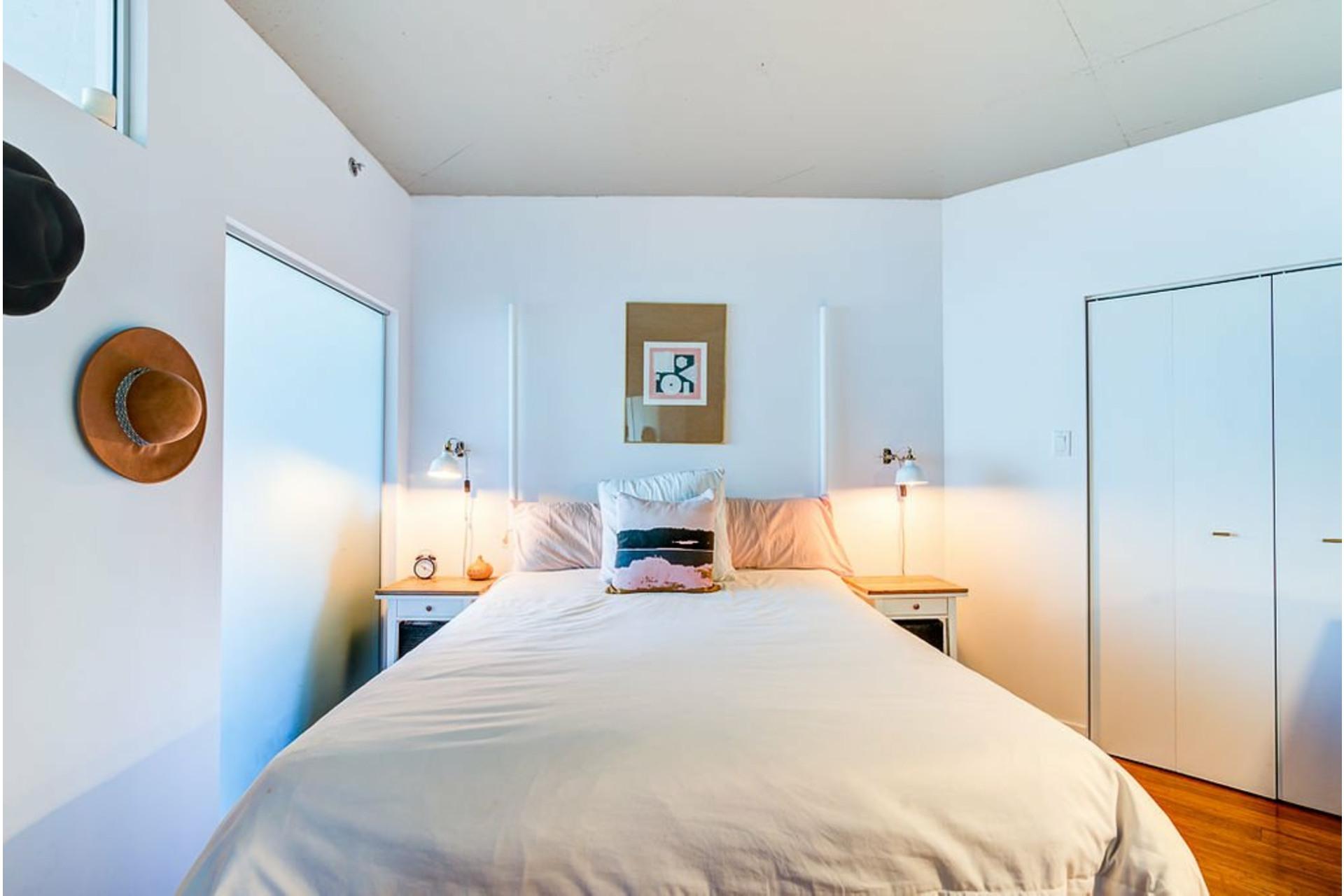 image 15 - Apartment For sale Villeray/Saint-Michel/Parc-Extension Montréal  - 4 rooms