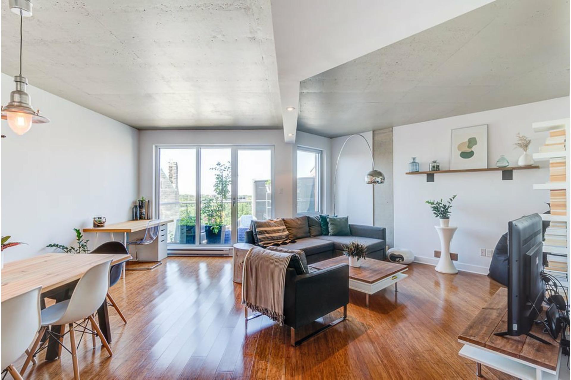 image 3 - Apartment For sale Villeray/Saint-Michel/Parc-Extension Montréal  - 4 rooms