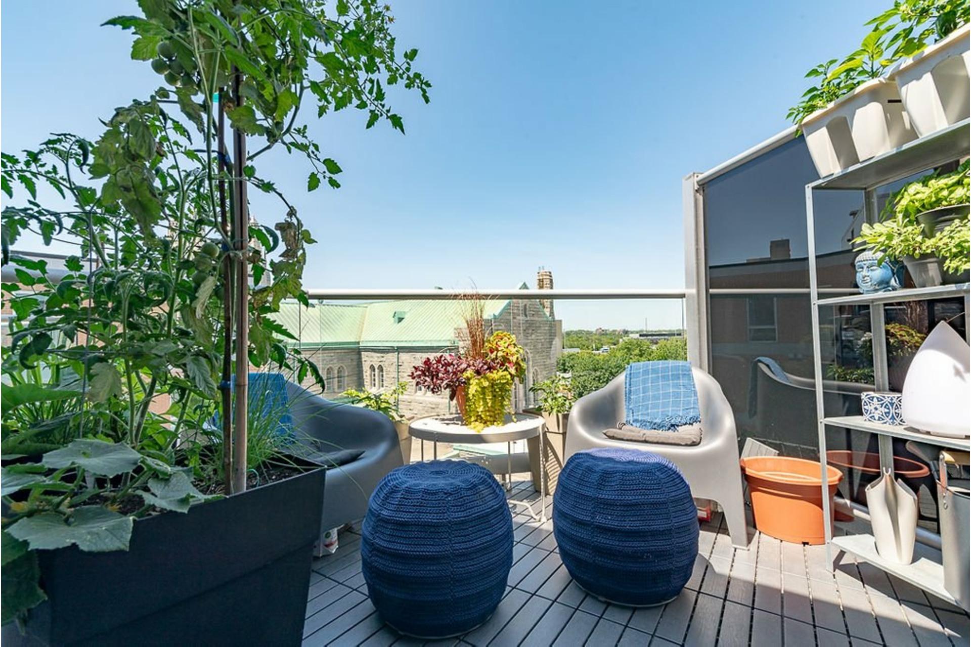 image 0 - Apartment For sale Villeray/Saint-Michel/Parc-Extension Montréal  - 4 rooms