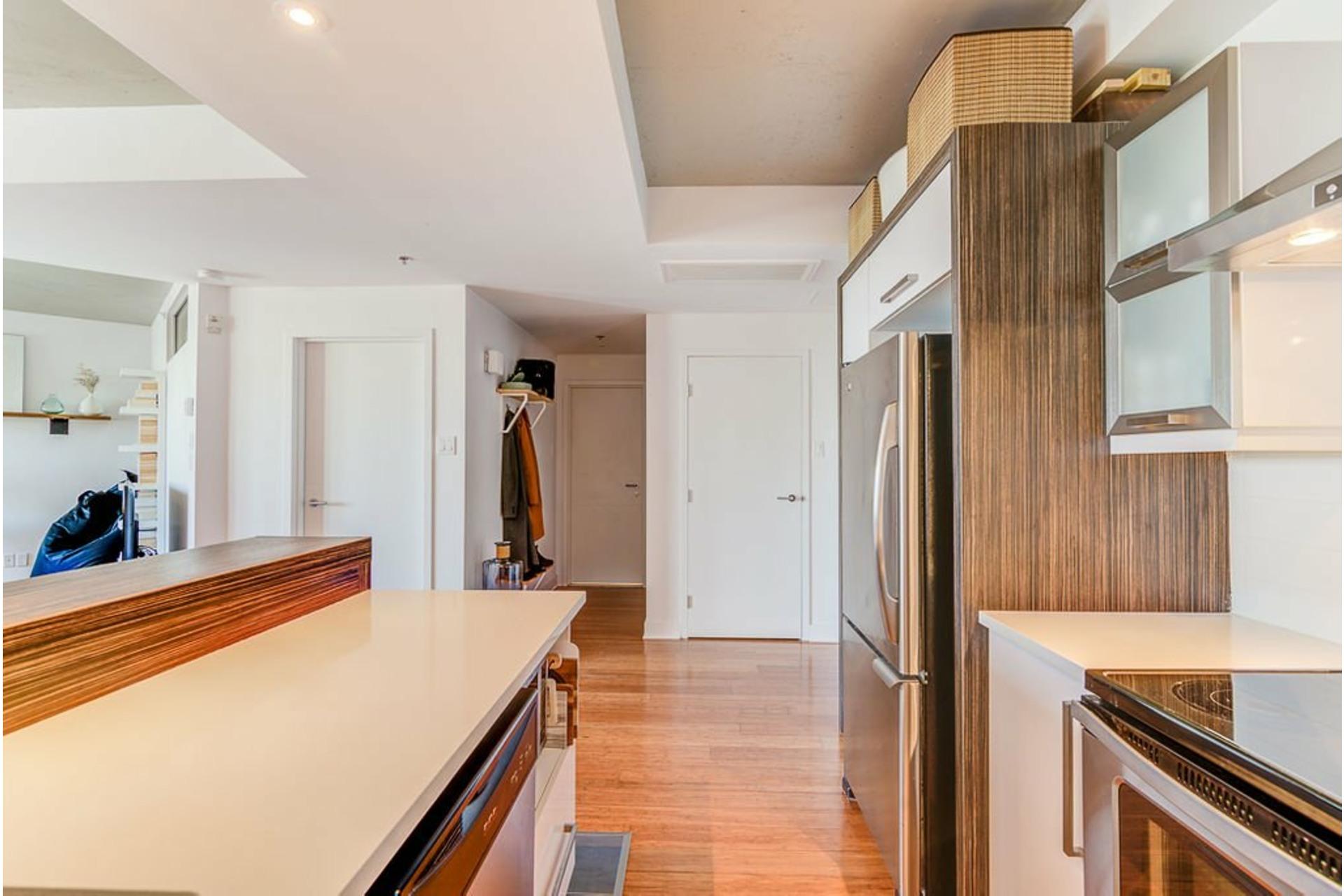 image 11 - Apartment For sale Villeray/Saint-Michel/Parc-Extension Montréal  - 4 rooms