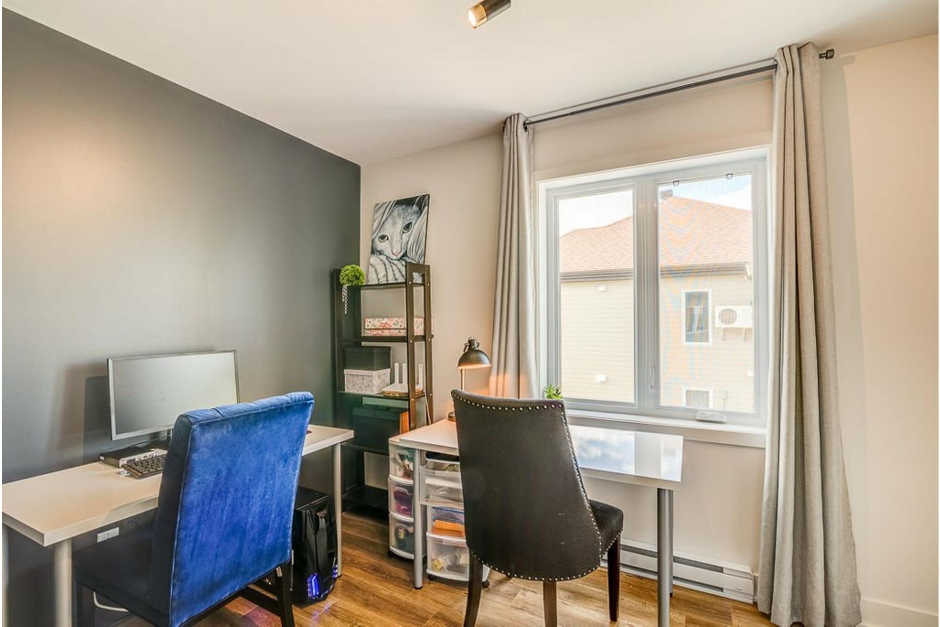 image 17 - Appartement À vendre Mirabel - 6 pièces