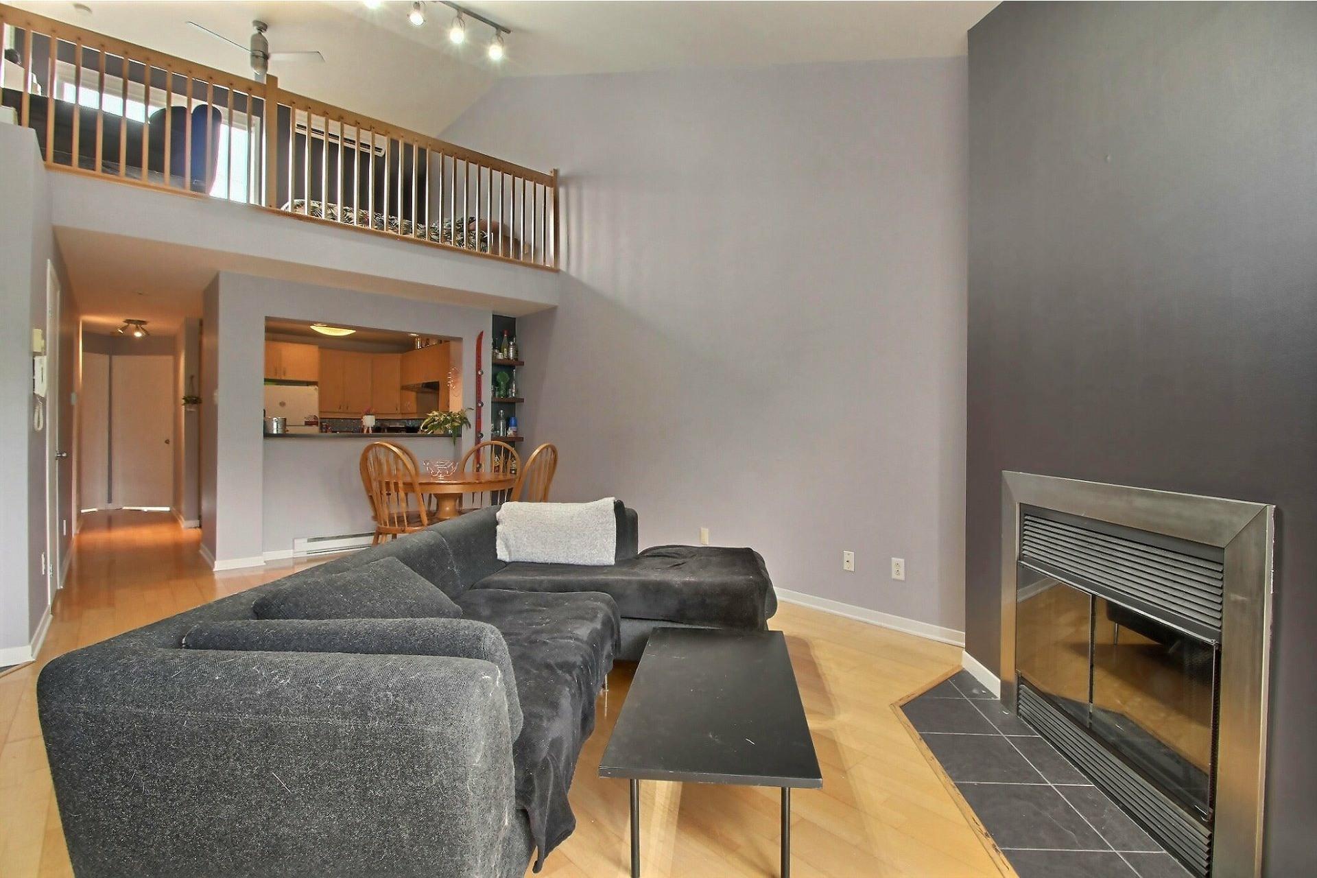 image 2 - Appartement À vendre Mercier/Hochelaga-Maisonneuve Montréal  - 9 pièces