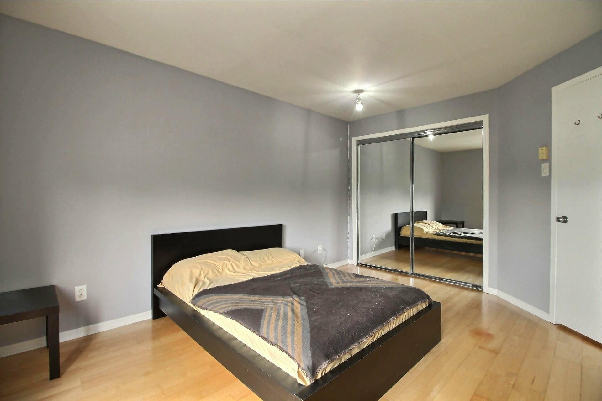 image 12 - Appartement À vendre Mercier/Hochelaga-Maisonneuve Montréal  - 9 pièces