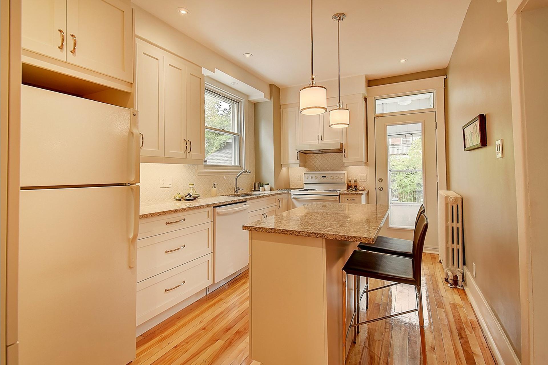 image 13 - House For sale Verdun/Île-des-Soeurs Montréal  - 8 rooms