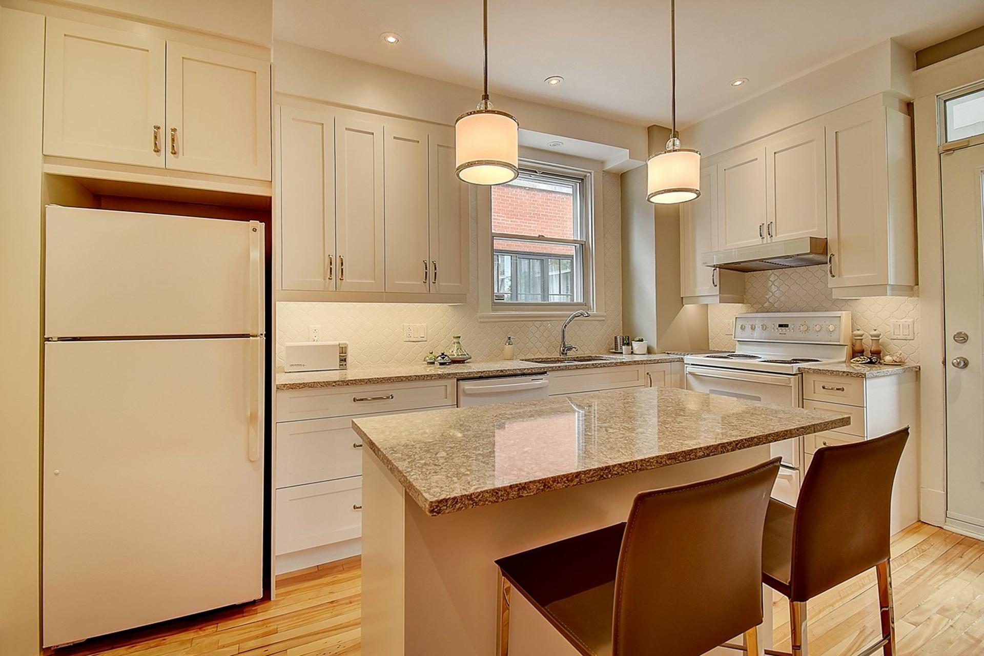 image 15 - House For sale Verdun/Île-des-Soeurs Montréal  - 8 rooms