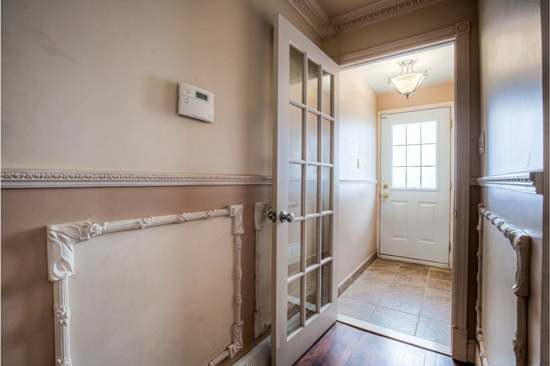 image 2 - Duplex For sale LaSalle Montréal  - 7 rooms