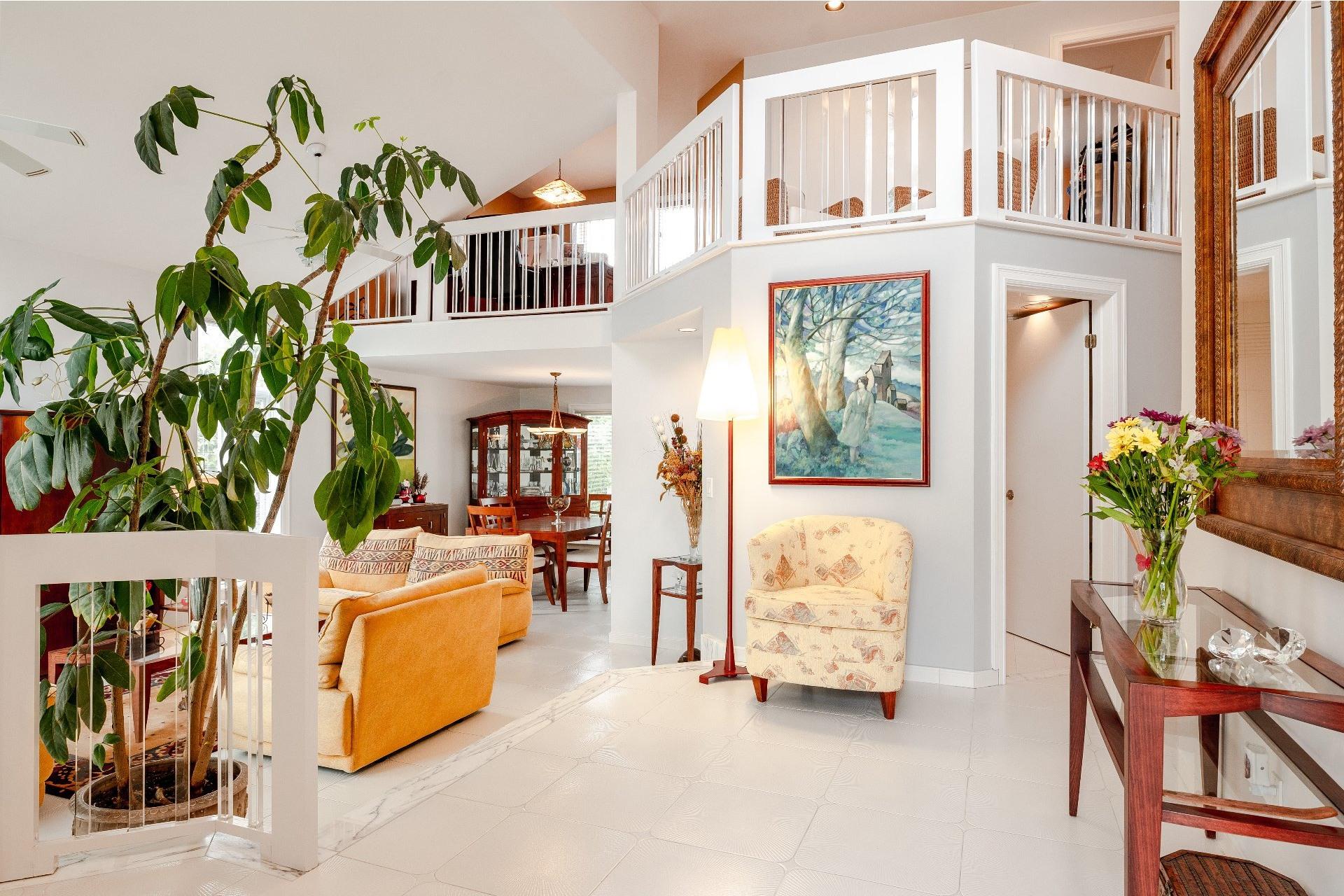 image 1 - Maison À vendre Kirkland - 14 pièces