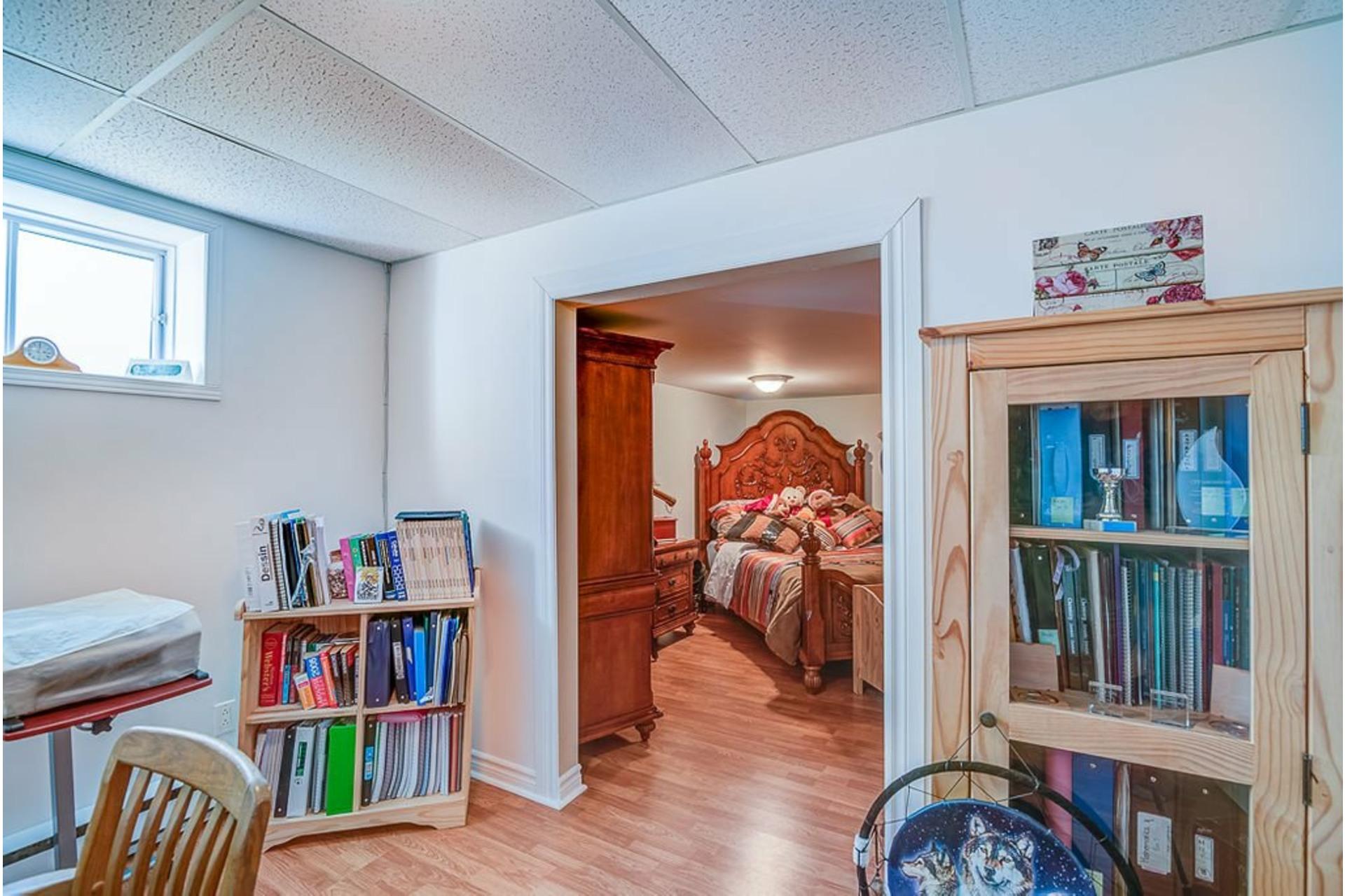 image 22 - Maison À vendre Sainte-Anne-des-Plaines - 14 pièces