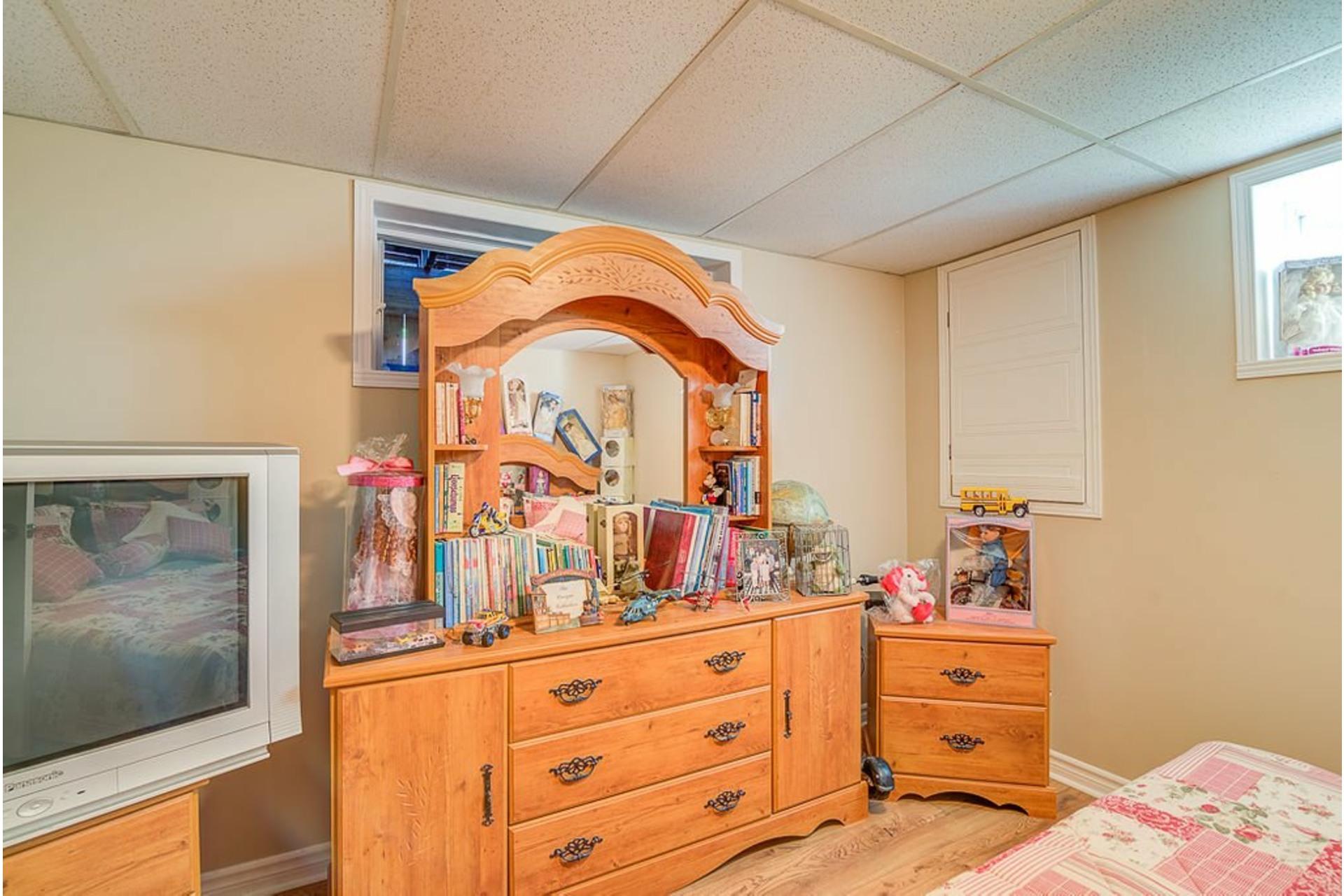 image 26 - Maison À vendre Sainte-Anne-des-Plaines - 14 pièces