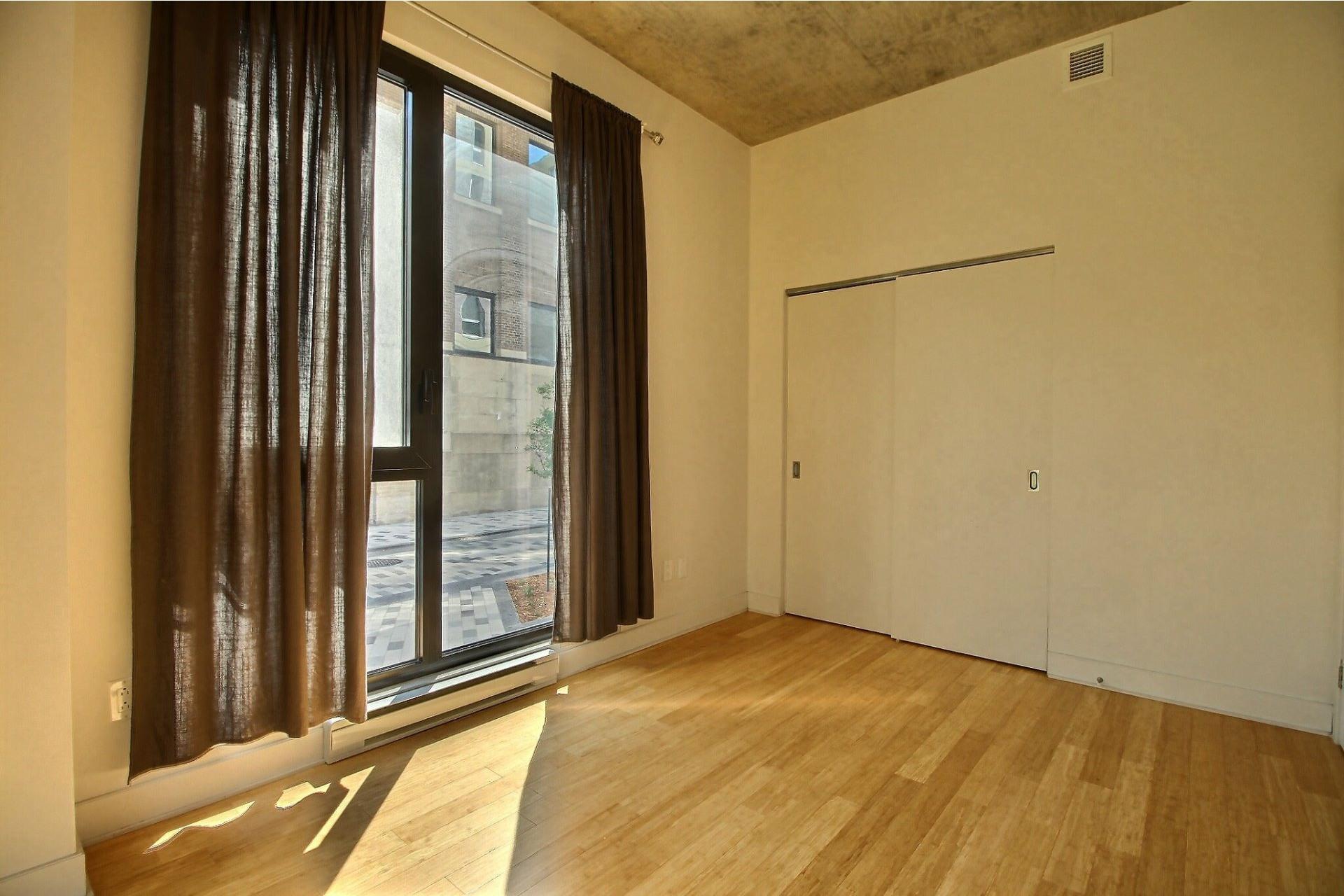 image 8 - Apartment For rent Le Sud-Ouest Montréal  - 4 rooms
