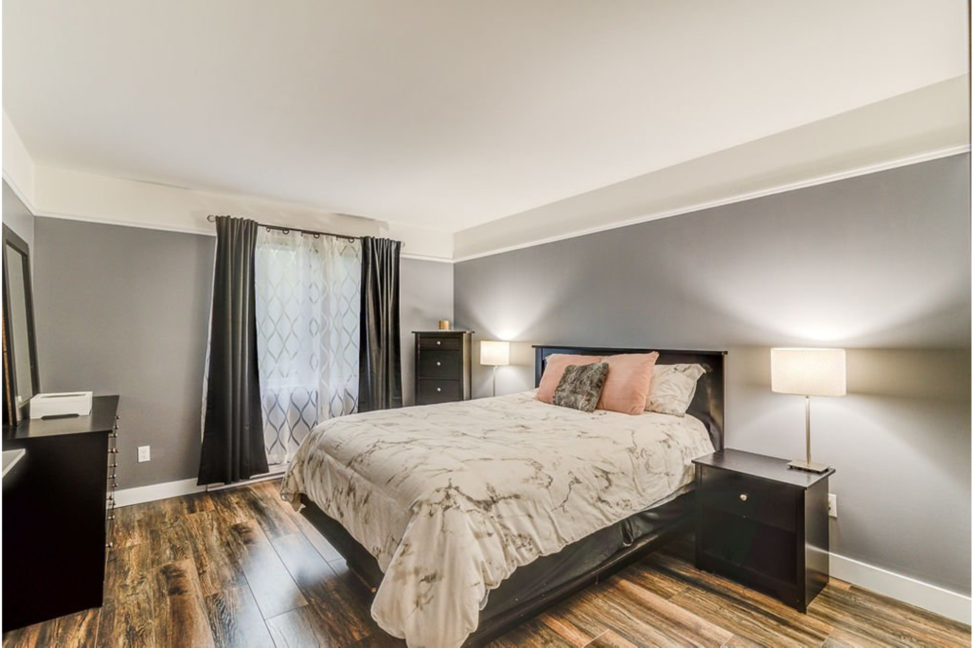image 11 - House For sale Sainte-Anne-des-Plaines - 9 rooms