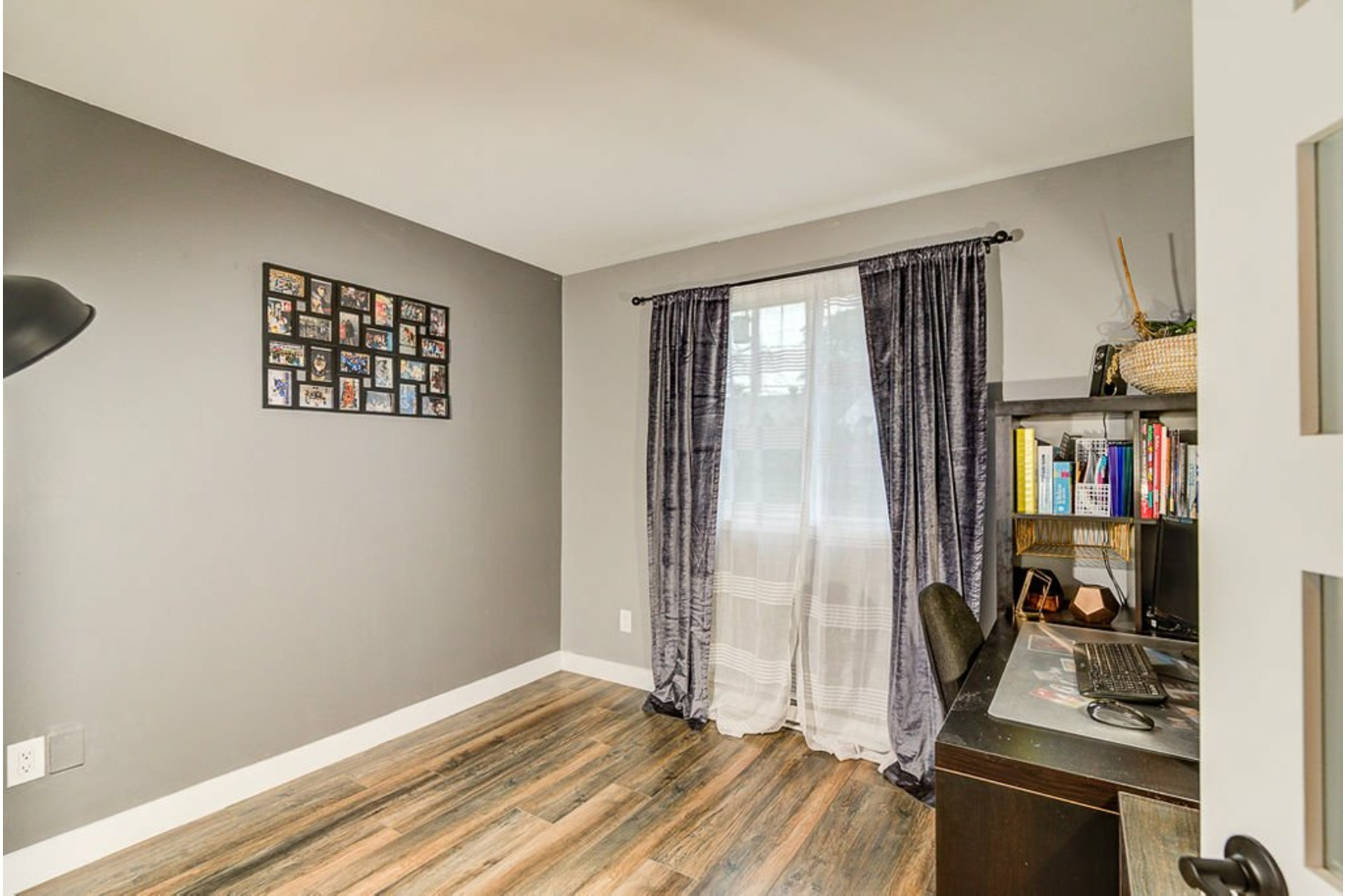 image 14 - House For sale Sainte-Anne-des-Plaines - 9 rooms